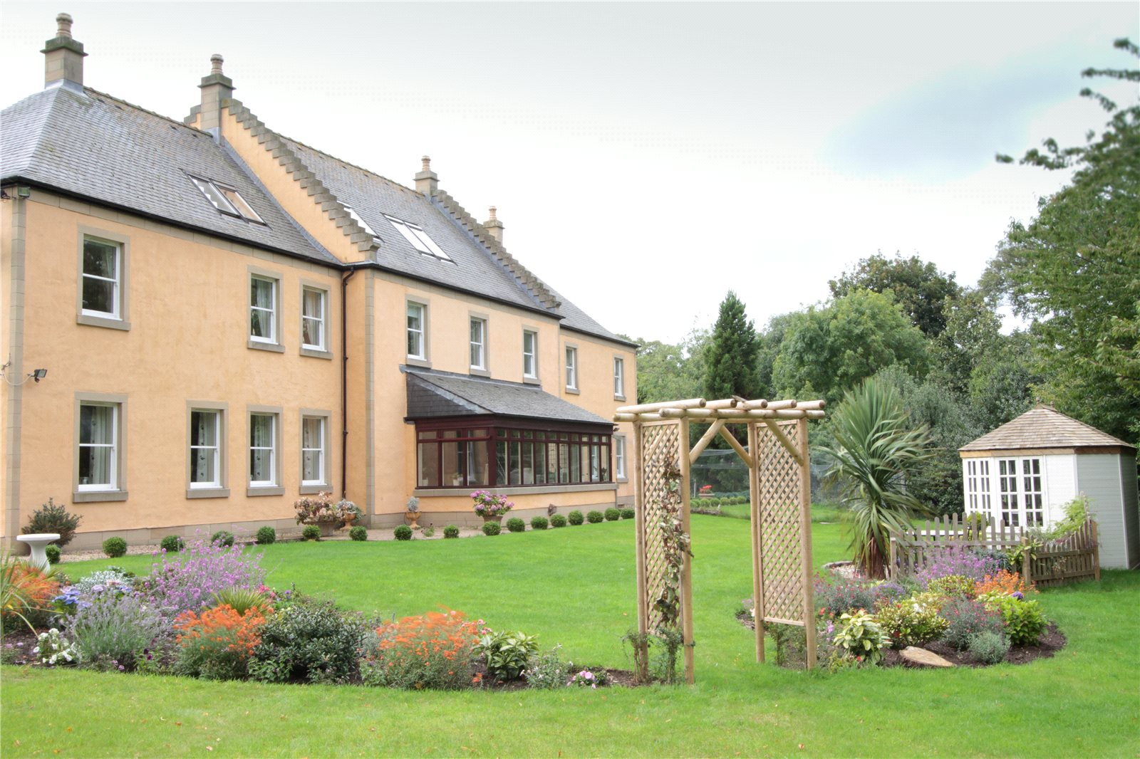 Inveresk Village, Musselburgh, Midlothian, EH21: a luxury home for sale in  Midlothian, , Cities In Scotland - Property ID:EDN170232 | Christie's