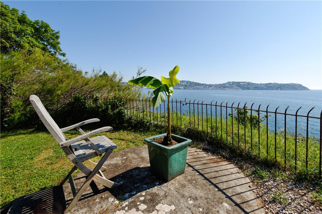 Additional photo for property listing at Cliff Road, Torquay, Devon, TQ2 Torquay, England