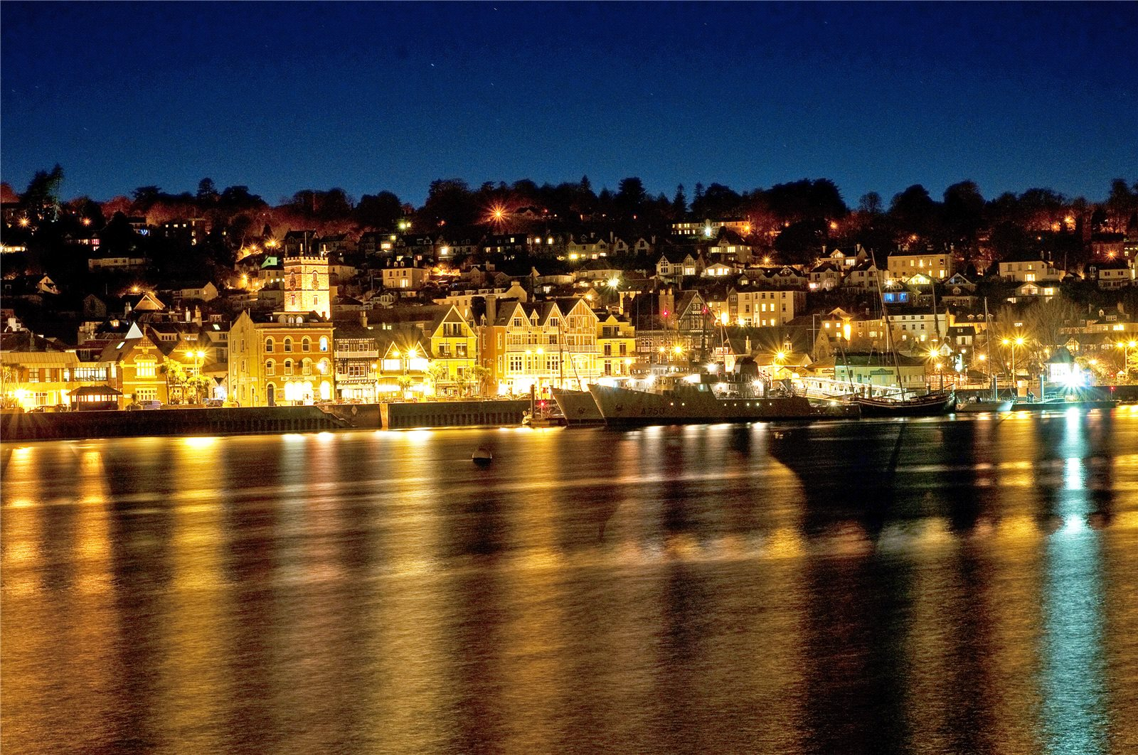 Additional photo for property listing at Higher Street, Kingswear, Dartmouth, Devon, TQ6 Dartmouth, Inghilterra