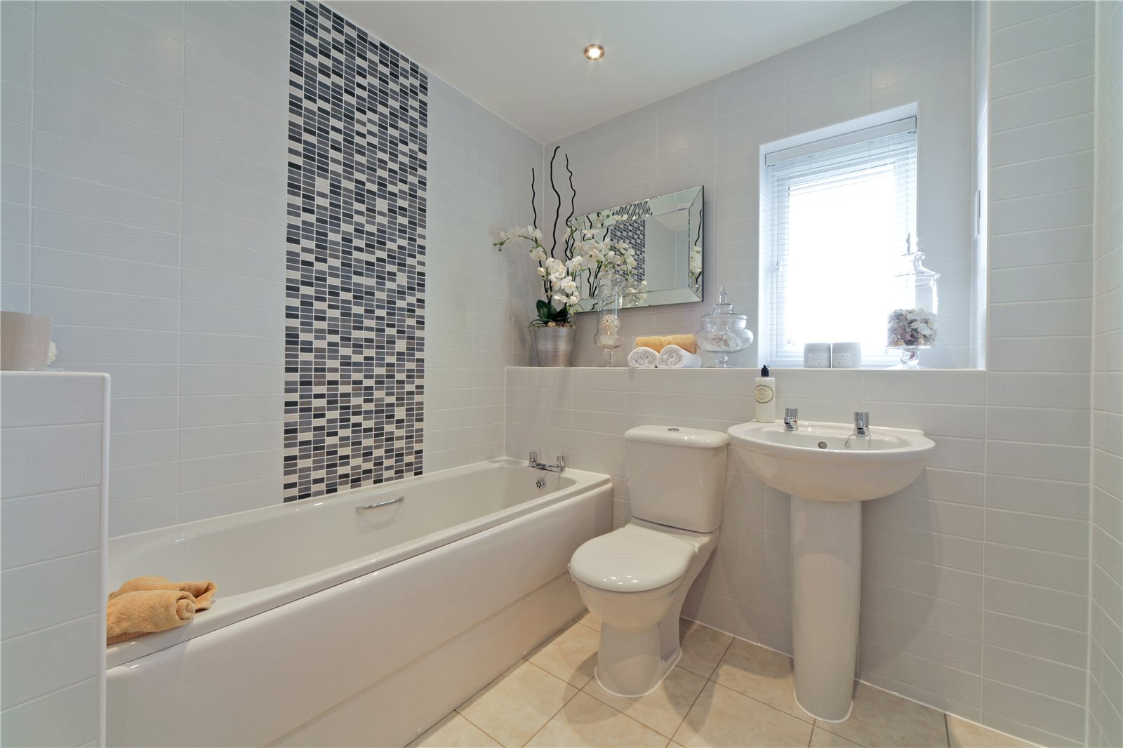 Additional photo for property listing at Ark Royal Avenue, Exeter, Devon, EX2 Exeter, England