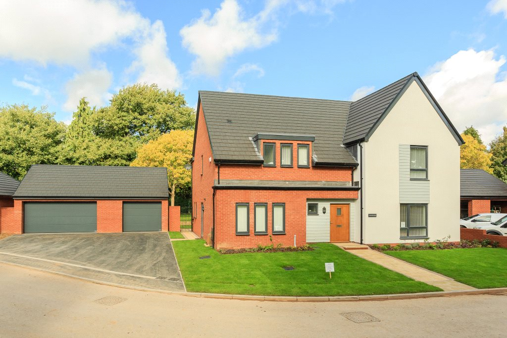 Single Family Home for Sale at Ark Royal Avenue, Exeter, Devon, EX2 Exeter, England