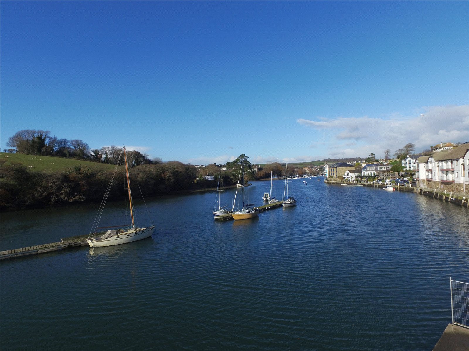 独户住宅 为 销售 在 The Boatyard, Embankment Road, Kingsbridge, Devon, TQ7 Kingsbridge, 英格兰
