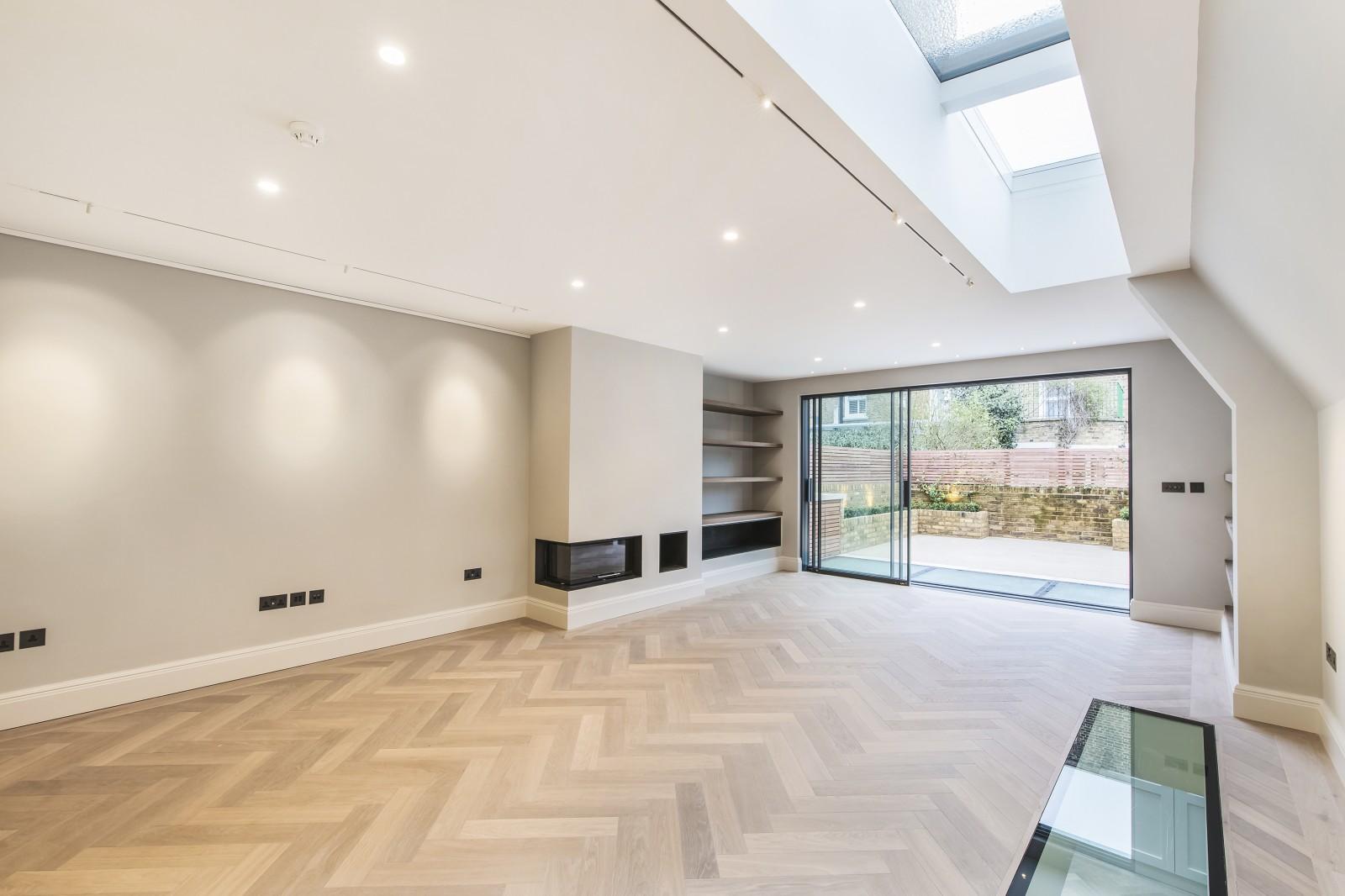 Villa per Affitto alle ore Radipole Road, London, SW6 London, Inghilterra