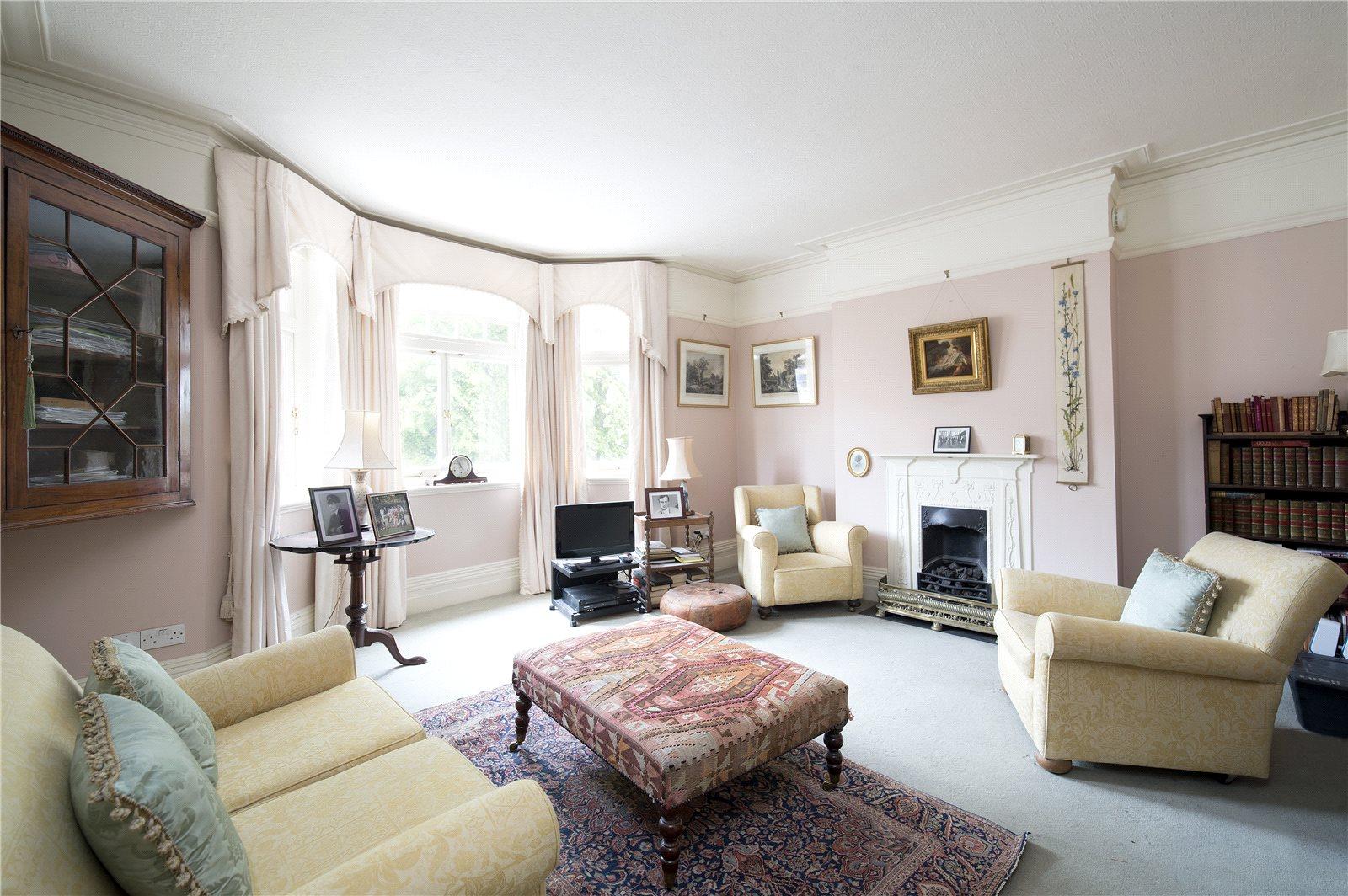 Additional photo for property listing at Hurlingham Court Mansions, Hurlingham Road, Fulham, London, SW6 Fulham, London, Angleterre