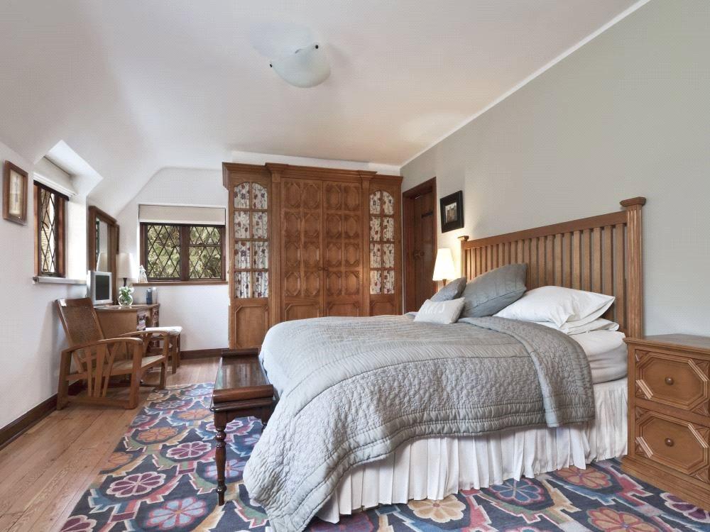 Additional photo for property listing at North Park, Gerrards Cross, Buckinghamshire, SL9 Gerrards Cross, Αγγλια