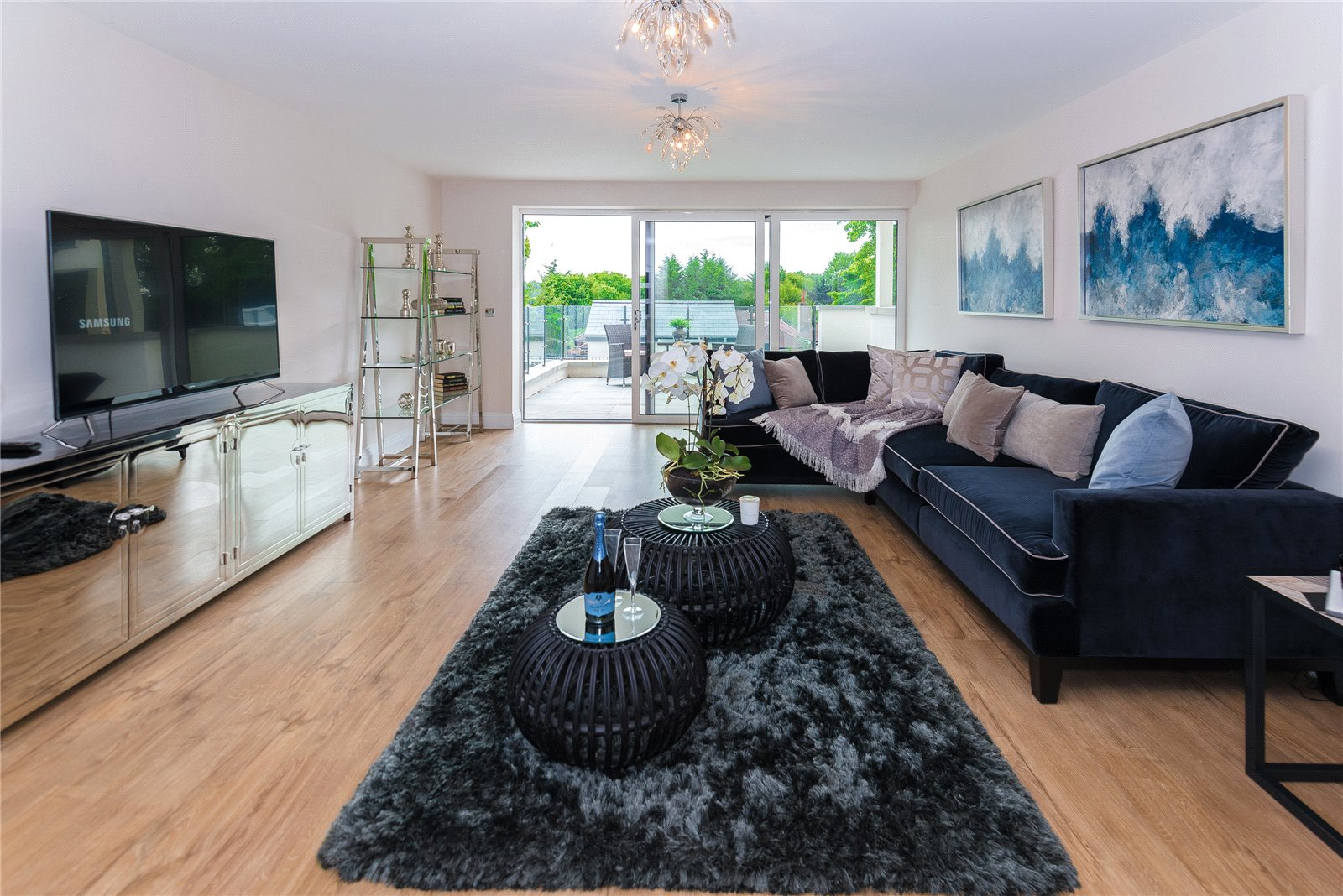 Additional photo for property listing at South Park Crescent, Gerrards Cross, Buckinghamshire, SL9 Gerrards Cross, Inglaterra