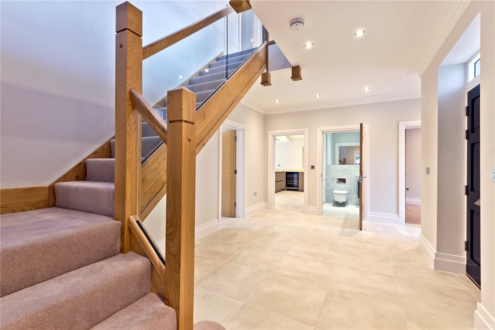 Additional photo for property listing at Glade In The Spinney, Gerrards Cross, Buckinghamshire, SL9 Gerrards Cross, 英格蘭