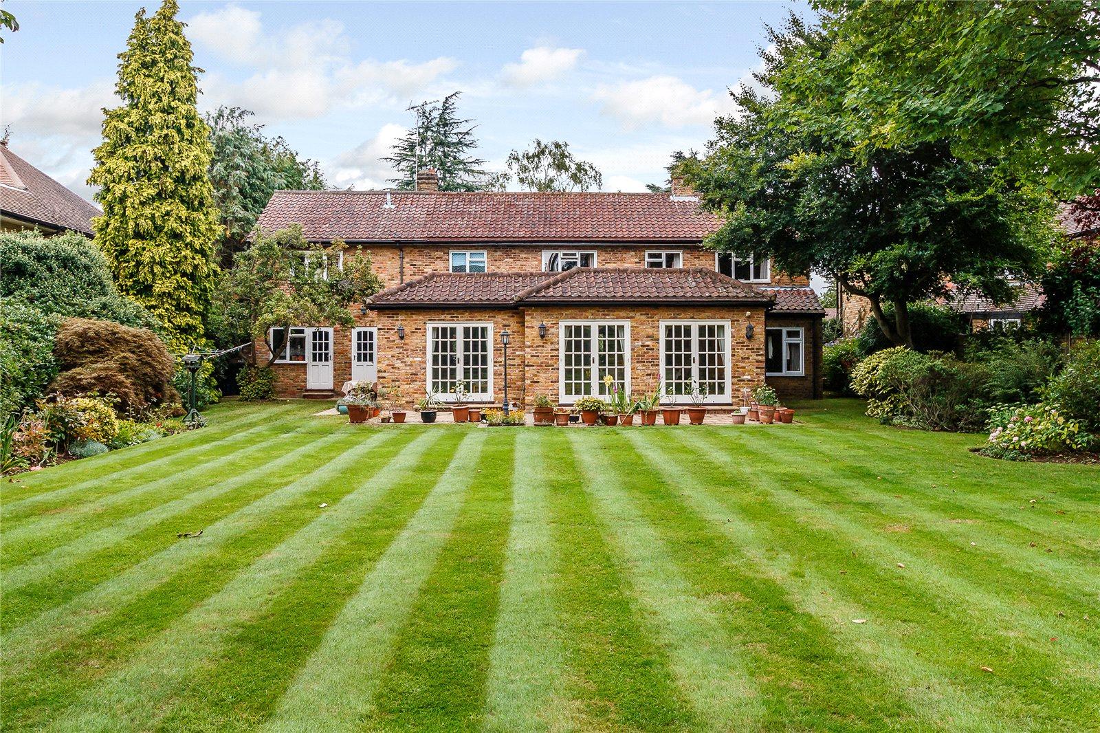 一戸建て のために 売買 アット Camp Road, Gerrards Cross, Buckinghamshire, SL9 Gerrards Cross, イギリス