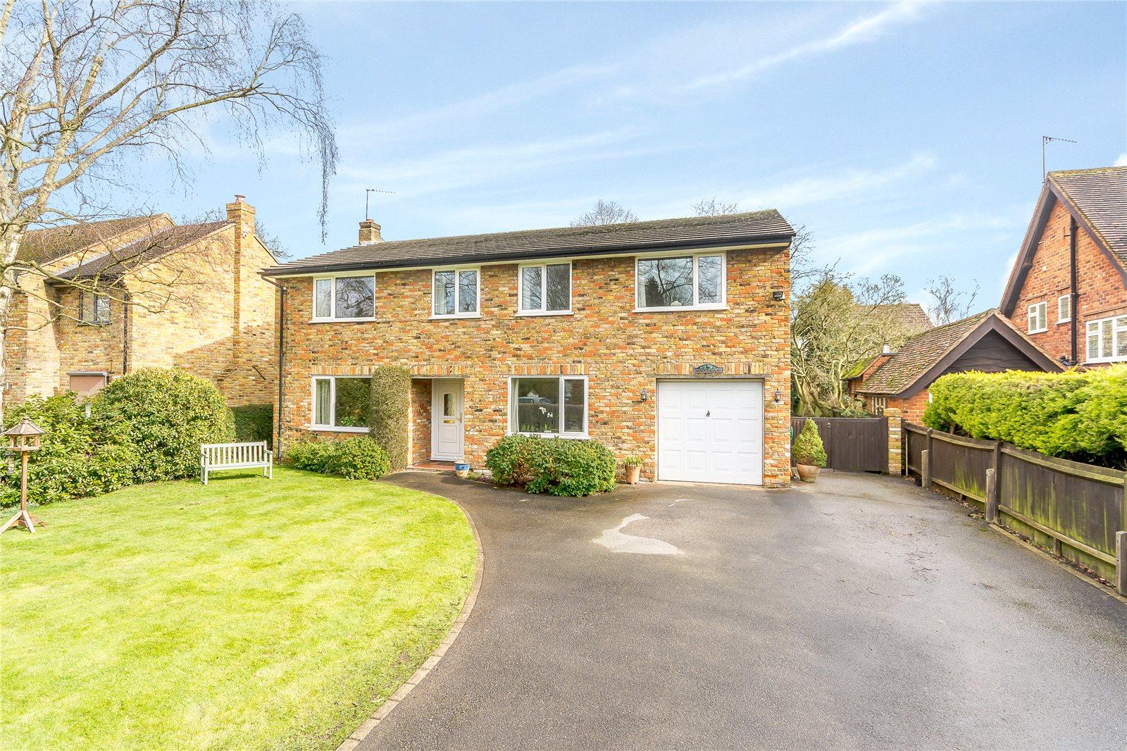 独户住宅 为 销售 在 Upway, Chalfont St. Peter, Gerrards Cross, Buckinghamshire, SL9 Gerrards Cross, 英格兰