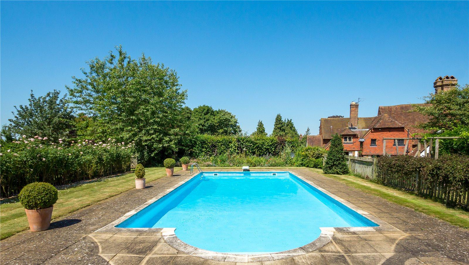 Eashing Lane Godalming Surrey Gu7 A Luxury Home For