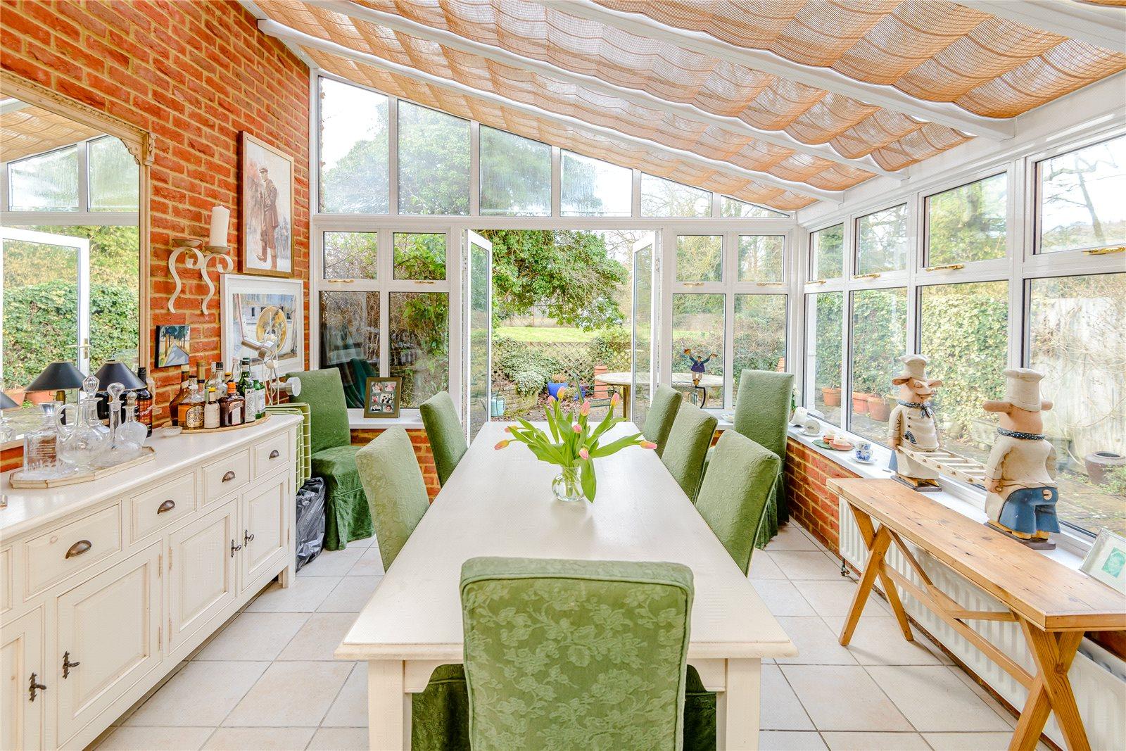 独户住宅 为 销售 在 Archery Place, Gomshall, Guildford, Surrey, GU5 Guildford, 英格兰