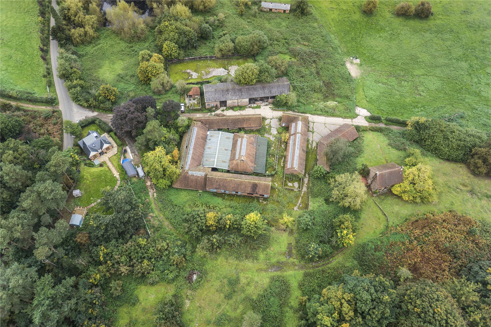 农场 / 牧场 / 种植园 为 销售 在 Halfpenny Lane, Guildford, Surrey, GU4 Guildford, 英格兰