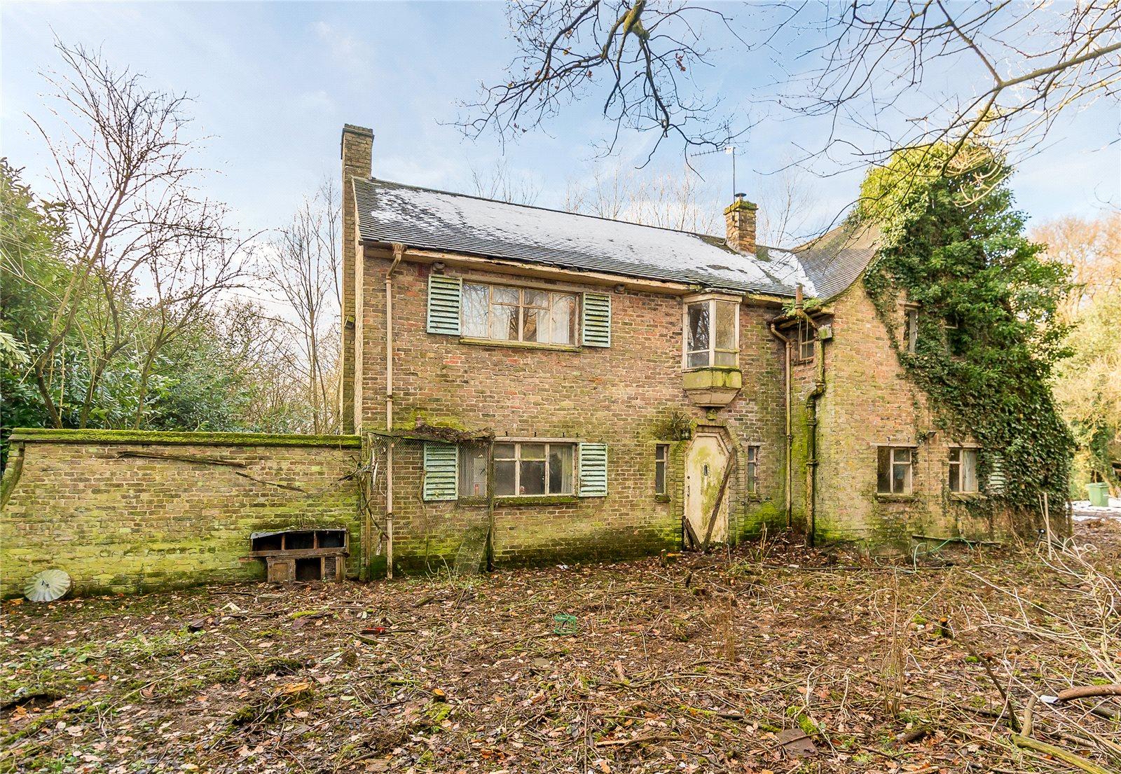 Bower Heath Lane, Bower Heath, Harpenden, Hertfordshire, AL5 Harpenden, England