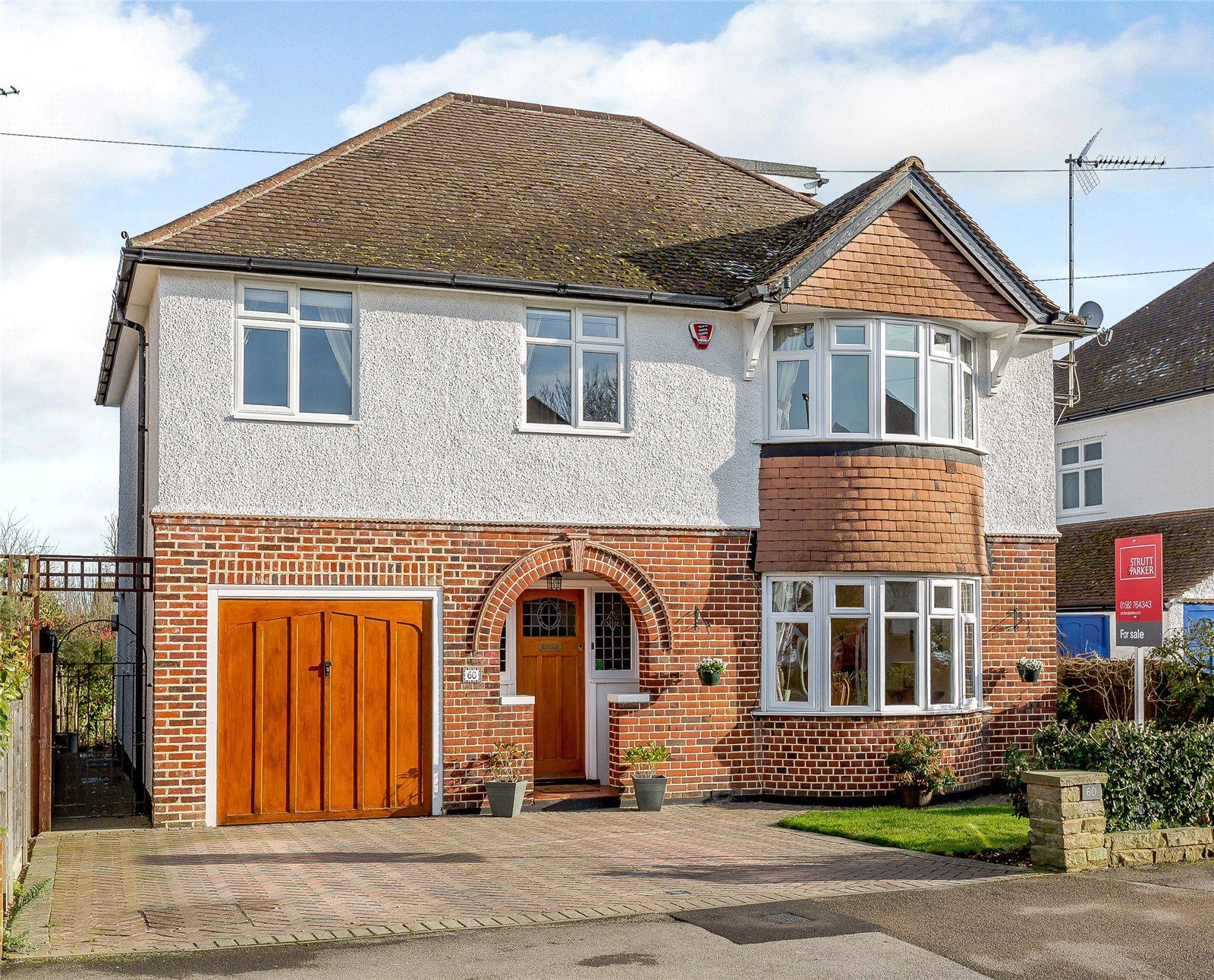Einfamilienhaus für Verkauf beim Dalkeith Road, Harpenden, Hertfordshire, AL5 Harpenden, England