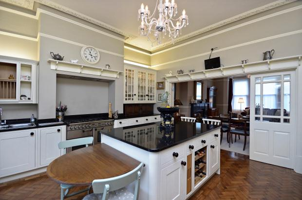 Additional photo for property listing at Park View, Harrogate, North Yorkshire, HG1 Harrogate, 英格蘭