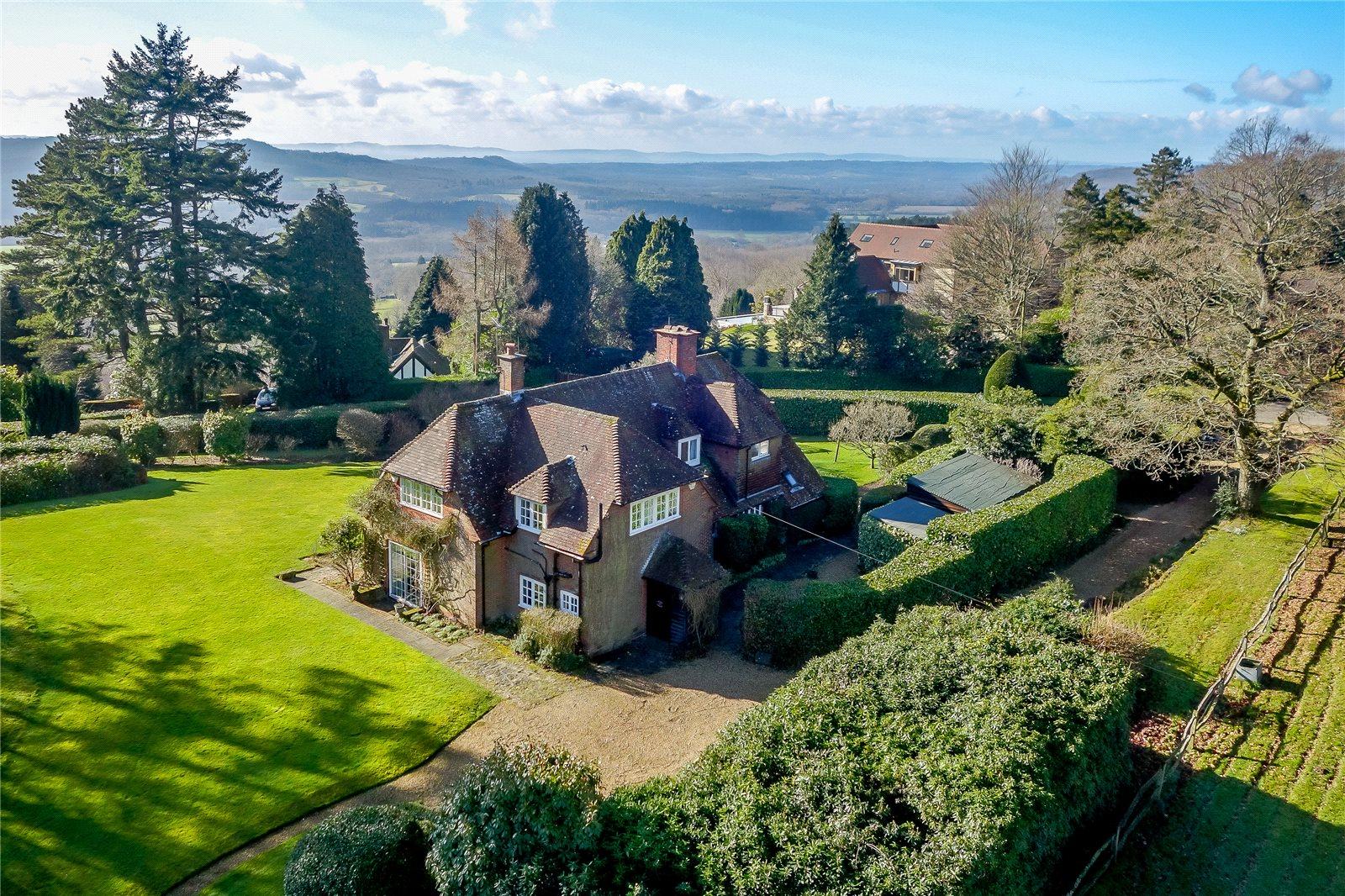 Einfamilienhaus für Verkauf beim Marley Heights, Haslemere, Surrey, GU27 Haslemere, England