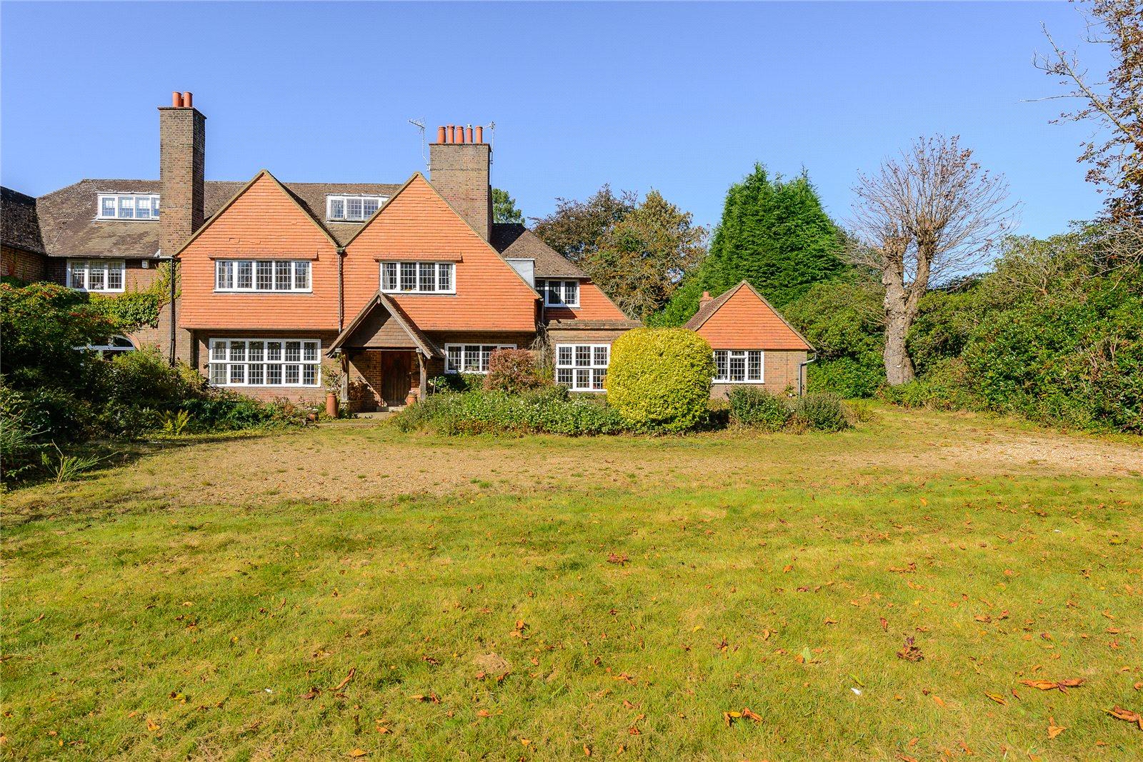 Einfamilienhaus für Verkauf beim Weydown Road, Haslemere, Surrey, GU27 Haslemere, England