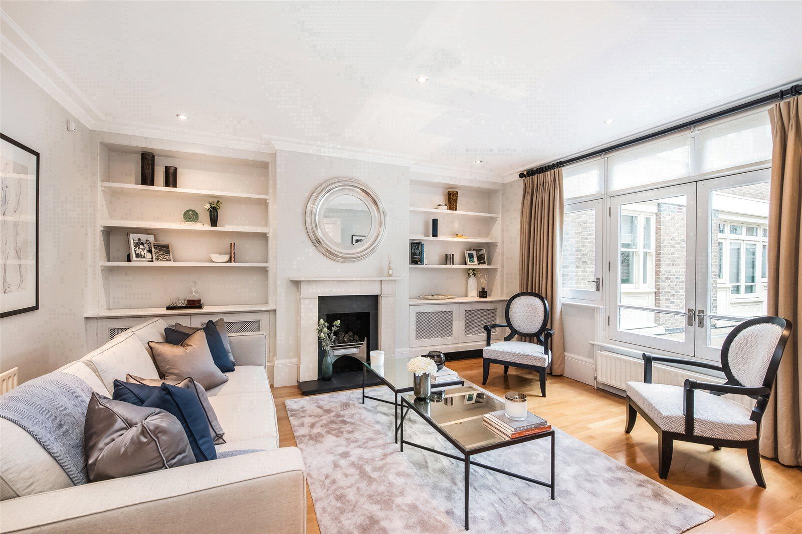 Casa para uma família para Locação às St Michael's Mews, Graham Terrace, Belgravia, London, SW1W Belgravia, London, Inglaterra