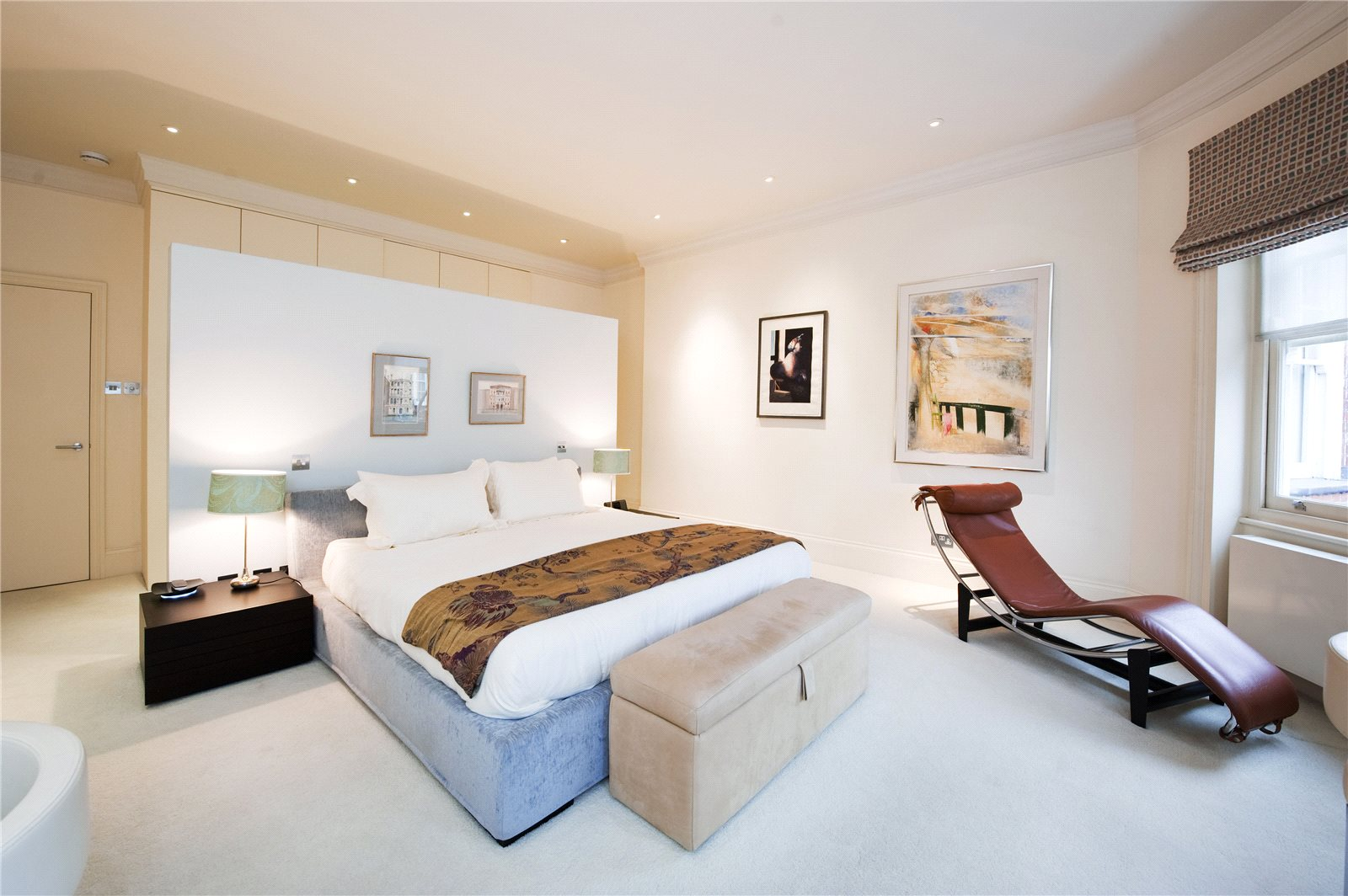 Additional photo for property listing at Sloane Court West, London, SW3 London, Engeland