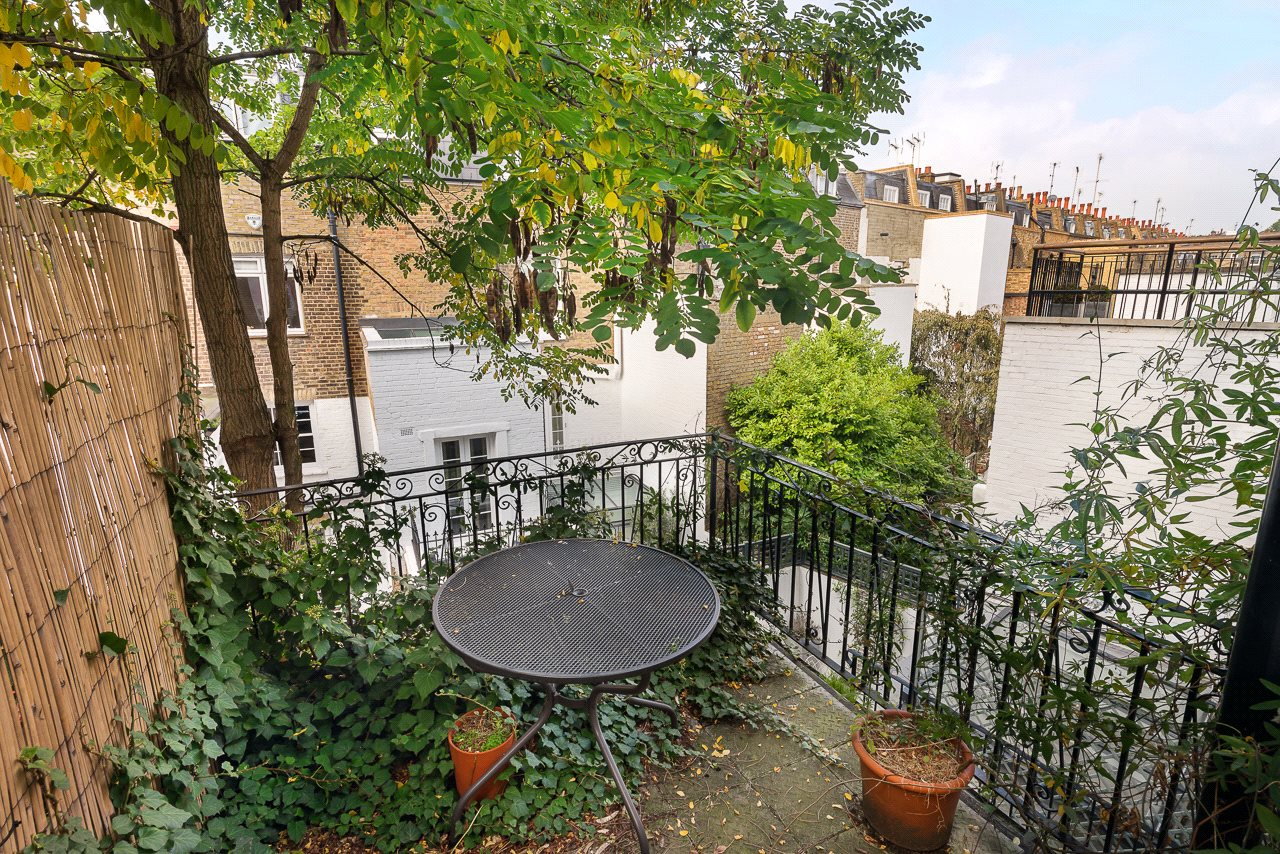 Additional photo for property listing at Hasker Street, London, SW3 London, Engeland