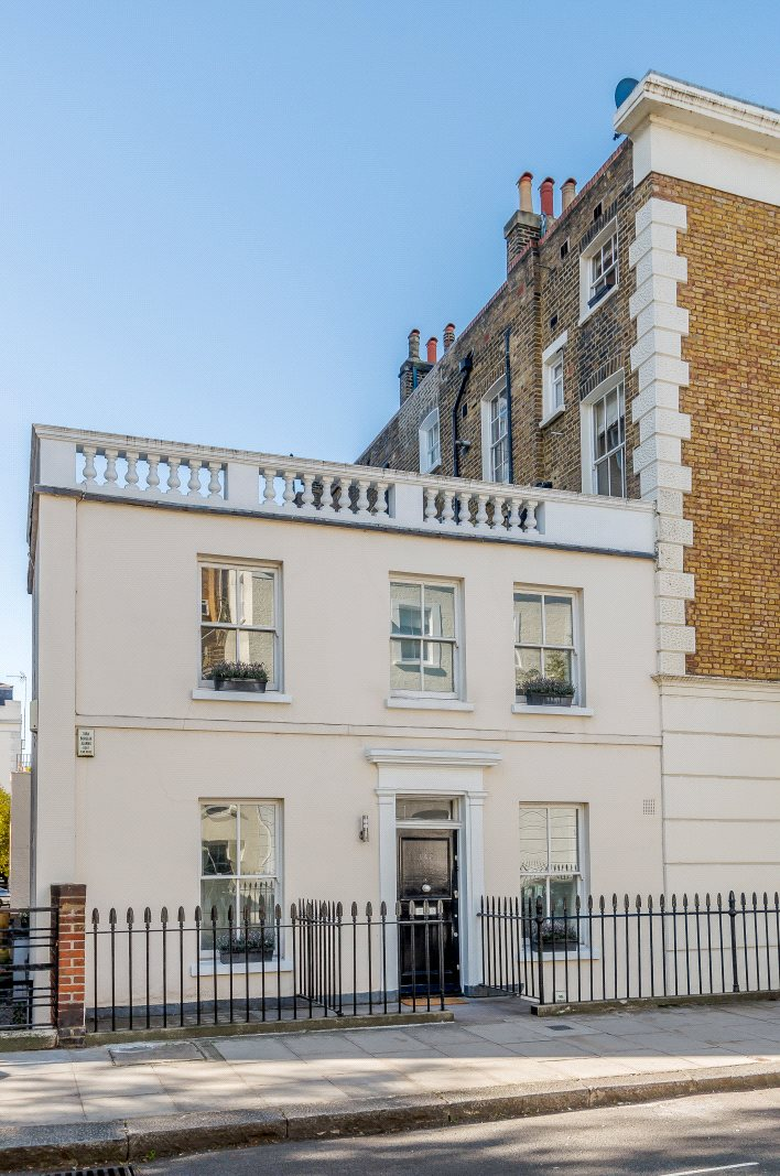 10 Kitchen And Home Decor Items Every 20 Something Needs: Cambridge Street, London, SW1V: A Luxury Home For Sale In