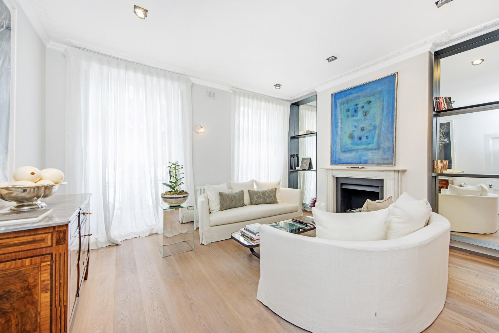 Casa para uma família para Locação às Sydney Street, Chelsea, London, SW3 Chelsea, London, Inglaterra