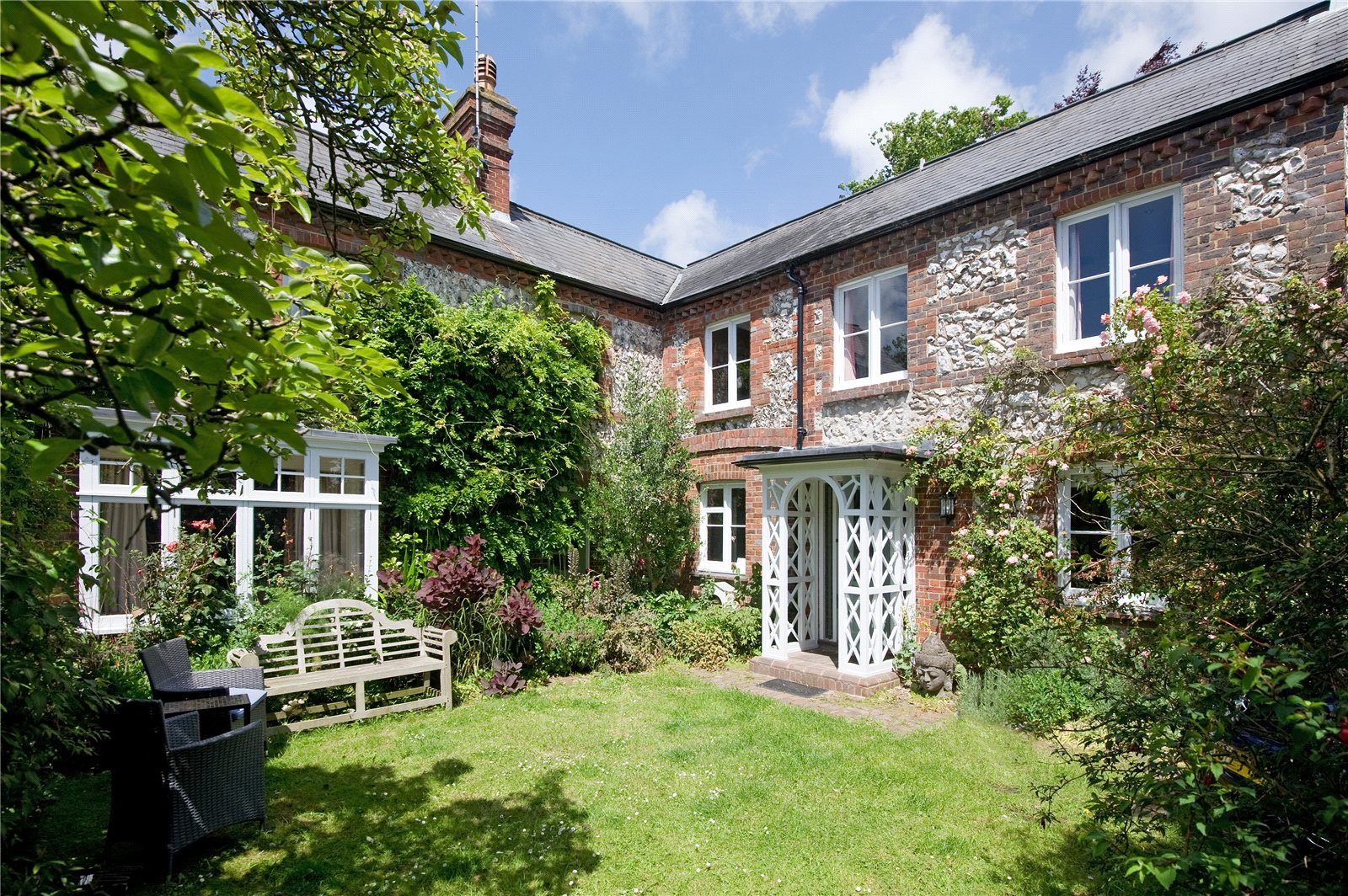 Additional photo for property listing at Castle Precincts, Lewes, East Sussex, BN7 Lewes, Ingiltere