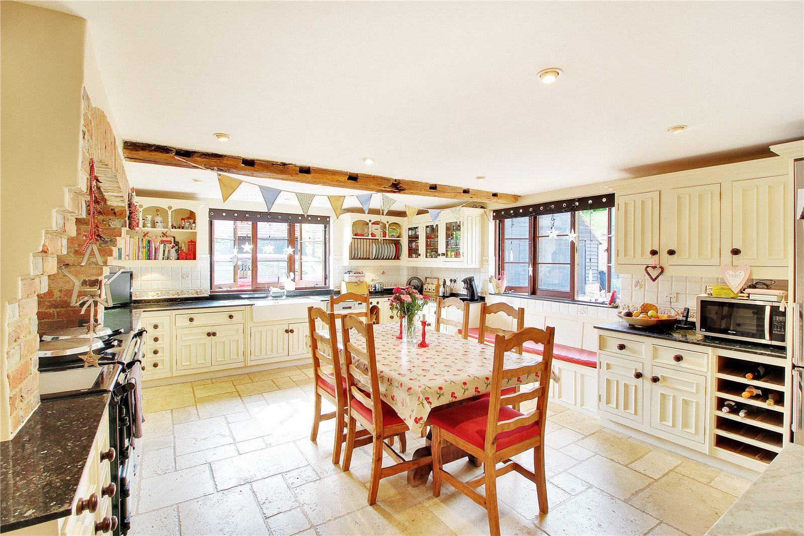 Einfamilienhaus für Verkauf beim Summerford Farm, Beech Green Lane, Withyham, East Sussex, TN7 Withyham, England
