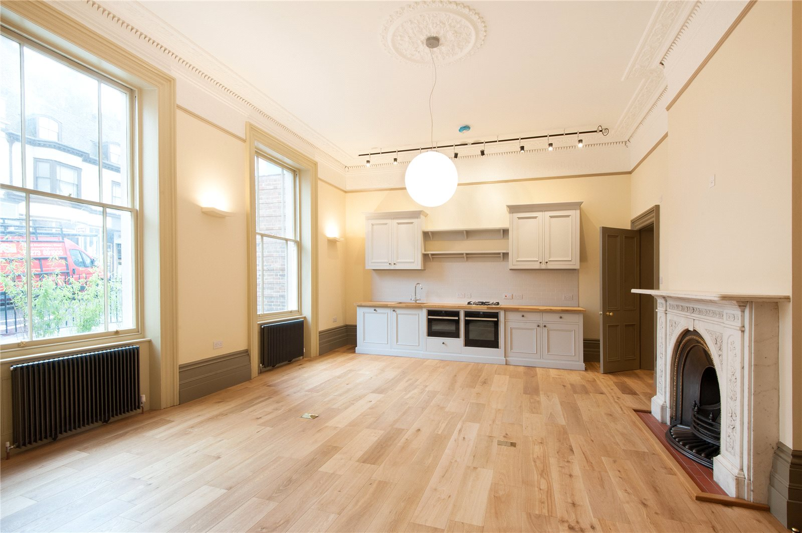 Additional photo for property listing at School Hill, Lewes, East Sussex, BN7 Lewes, Engeland