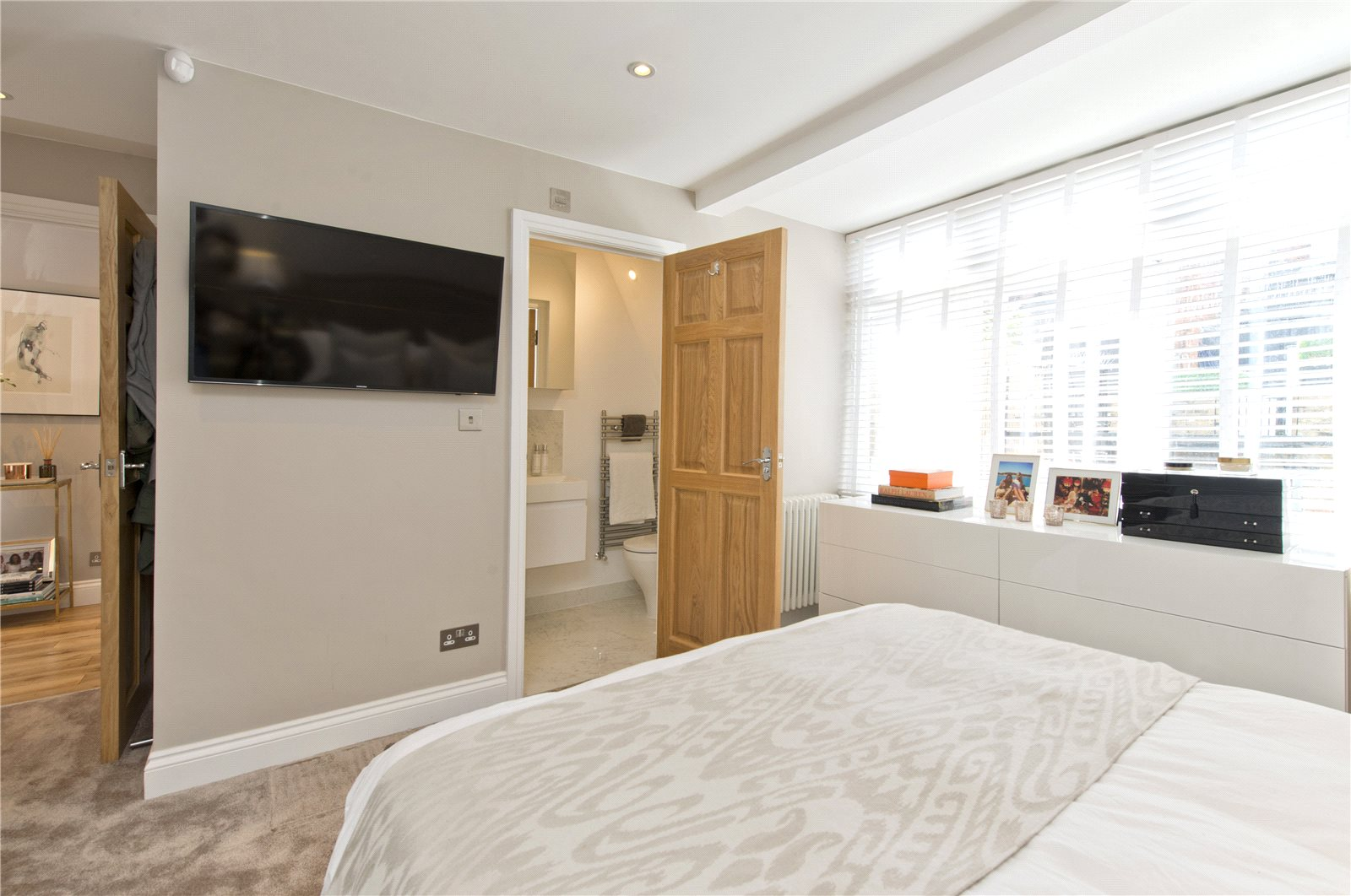 Additional photo for property listing at Prince of Wales Terrace, Kensington, London, W8 Kensington, London, Angleterre