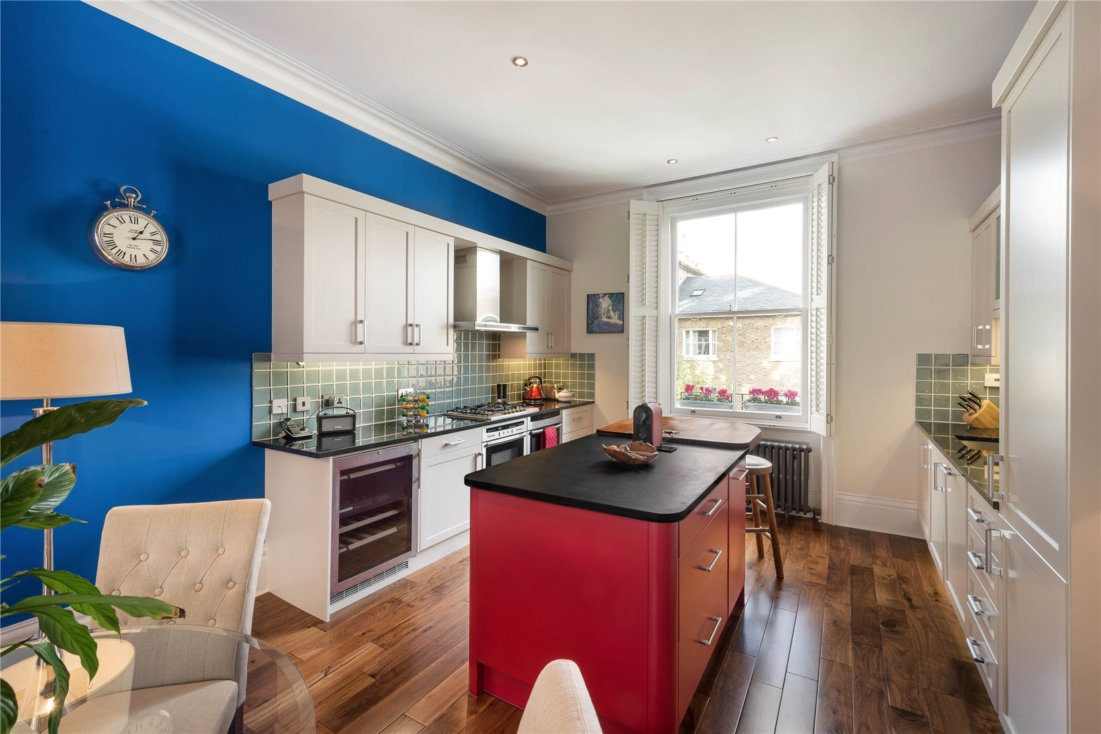 Additional photo for property listing at Stafford Terrace, Kensington, London, W8 Kensington, London, 英格兰