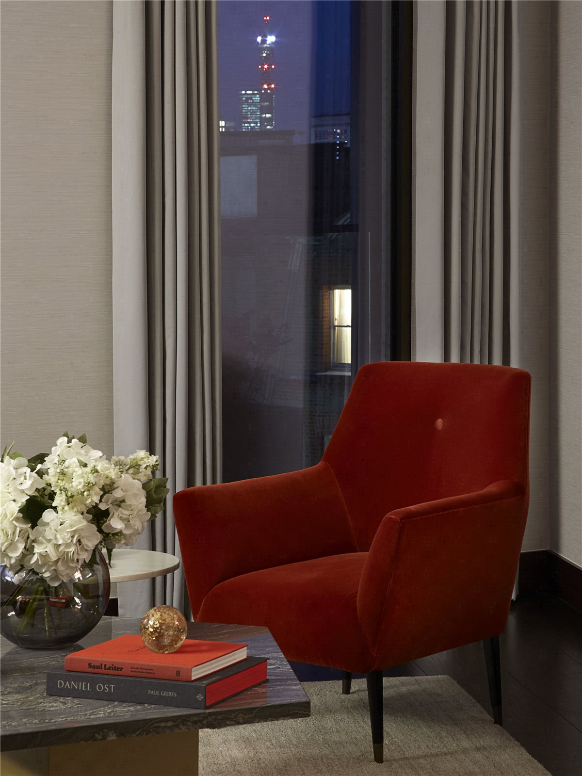 Additional photo for property listing at Kings Gate, London, SW1E London, Англия