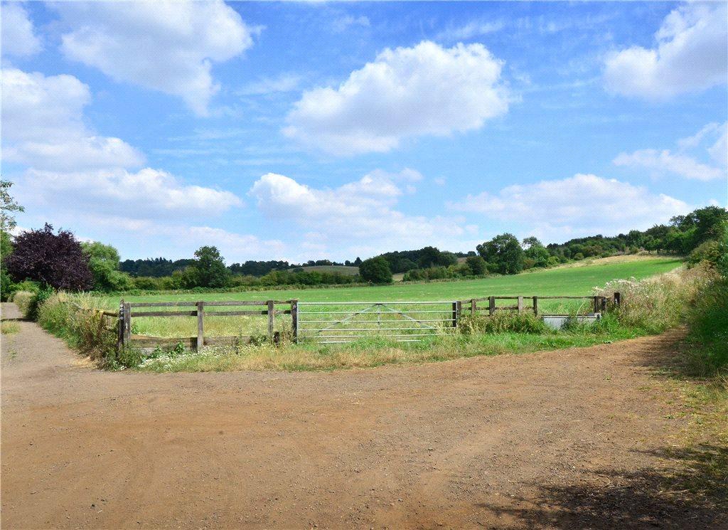 Additional photo for property listing at Bragenham Side, Stoke Hammond, Buckinghamshire, MK17 Stoke Hammond, 영국