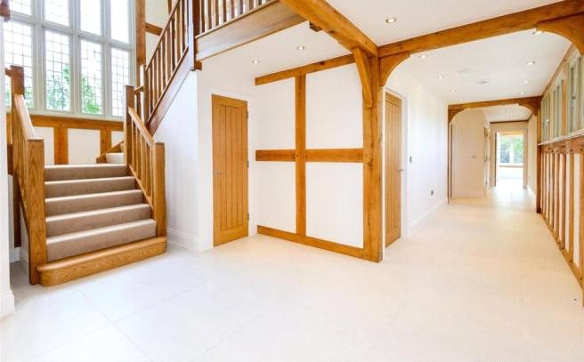 Additional photo for property listing at Drift Road, Winkfield, Berkshire, SL4 Winkfield, イギリス