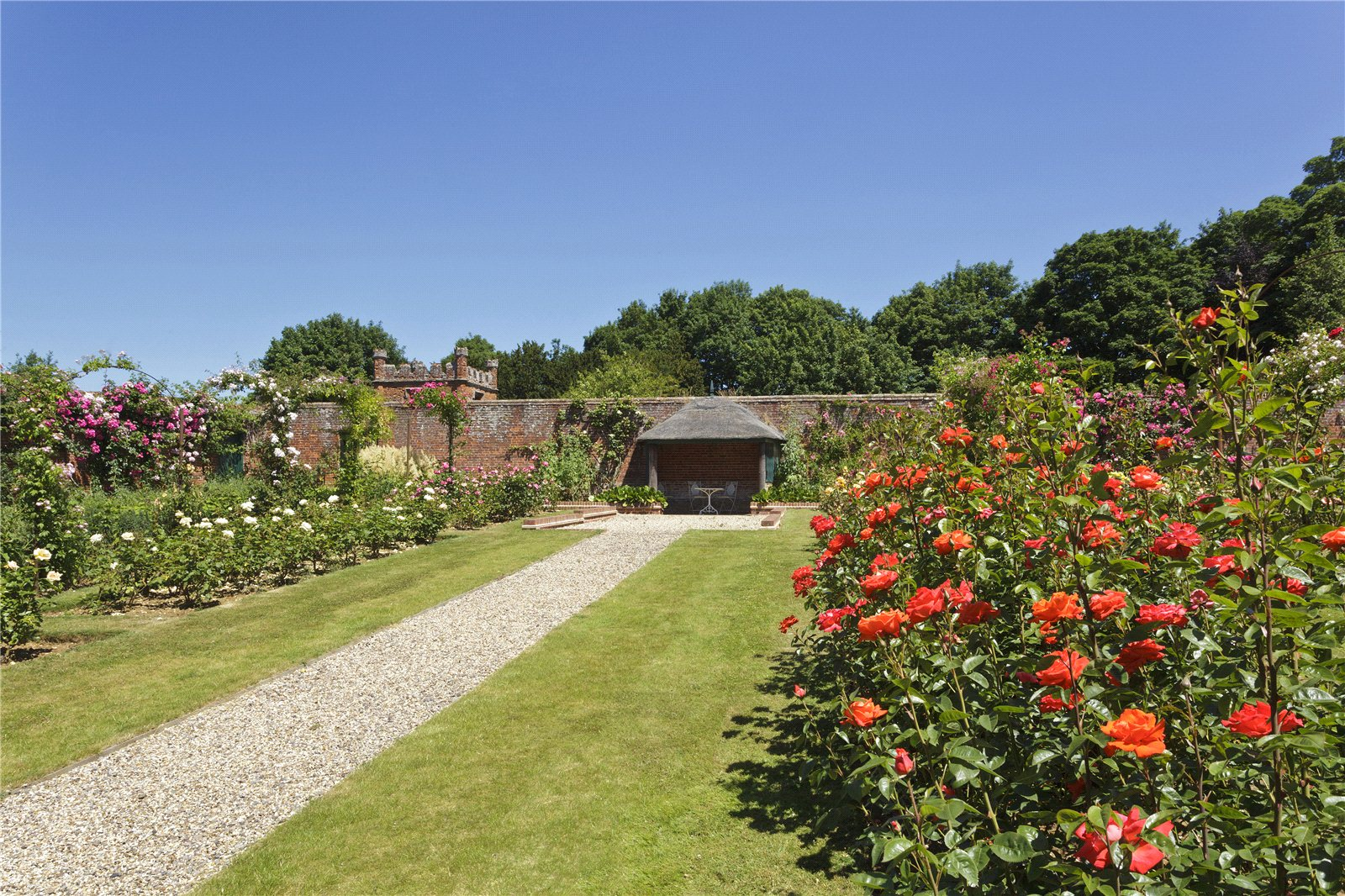 Additional photo for property listing at Spains Hall Road, Finchingfield, Braintree, Essex, CM7 Braintree, Ingiltere
