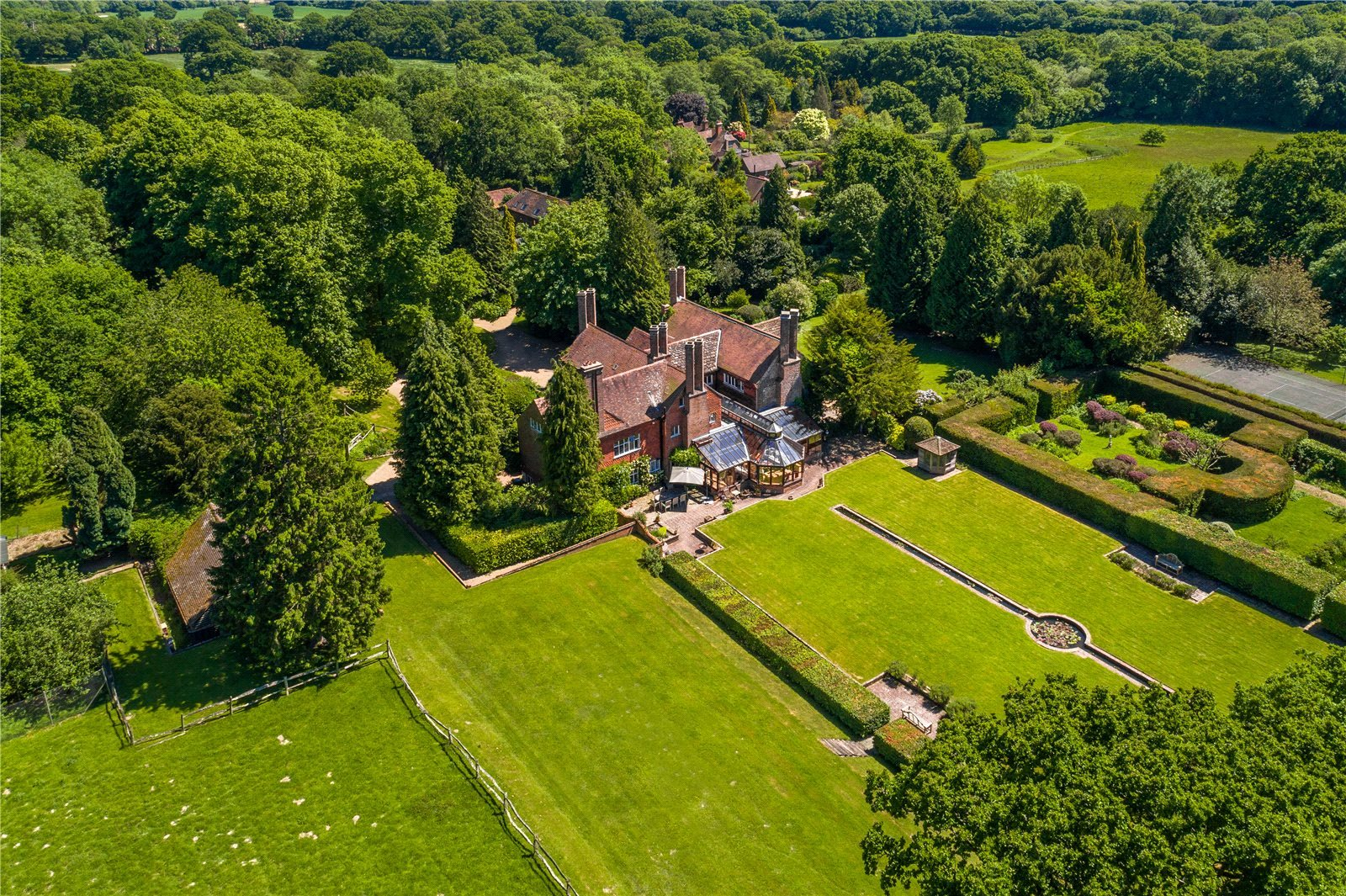 Частный дом для того Продажа на Cuckfield Road (Lot 1), Ansty, Haywards Heath, West Sussex, RH17 Haywards Heath, Англия