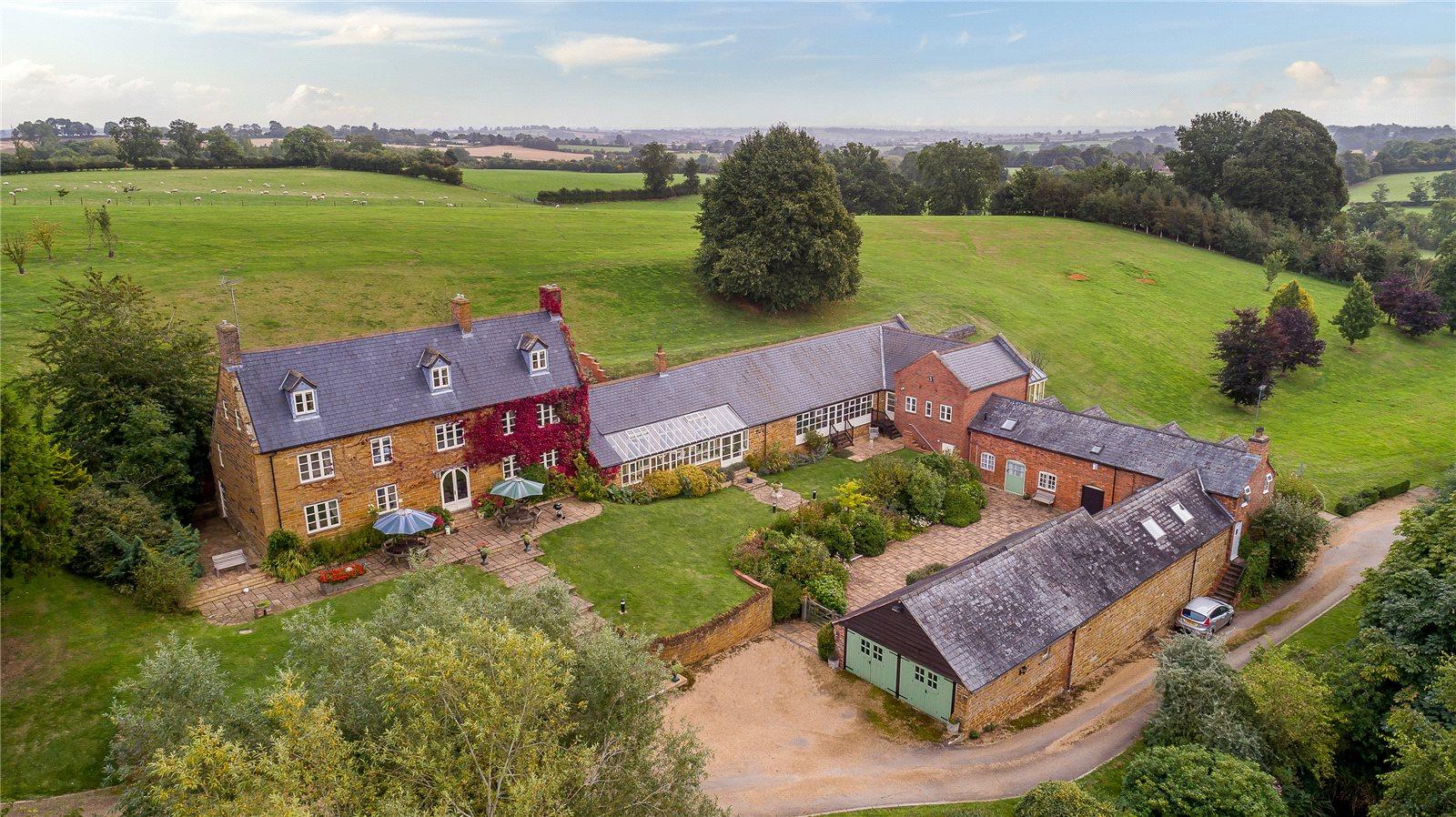 Single Family Home for Sale at West Haddon Road, Long Buckby, Northampton, Northamptonshire, NN6 Northampton, England