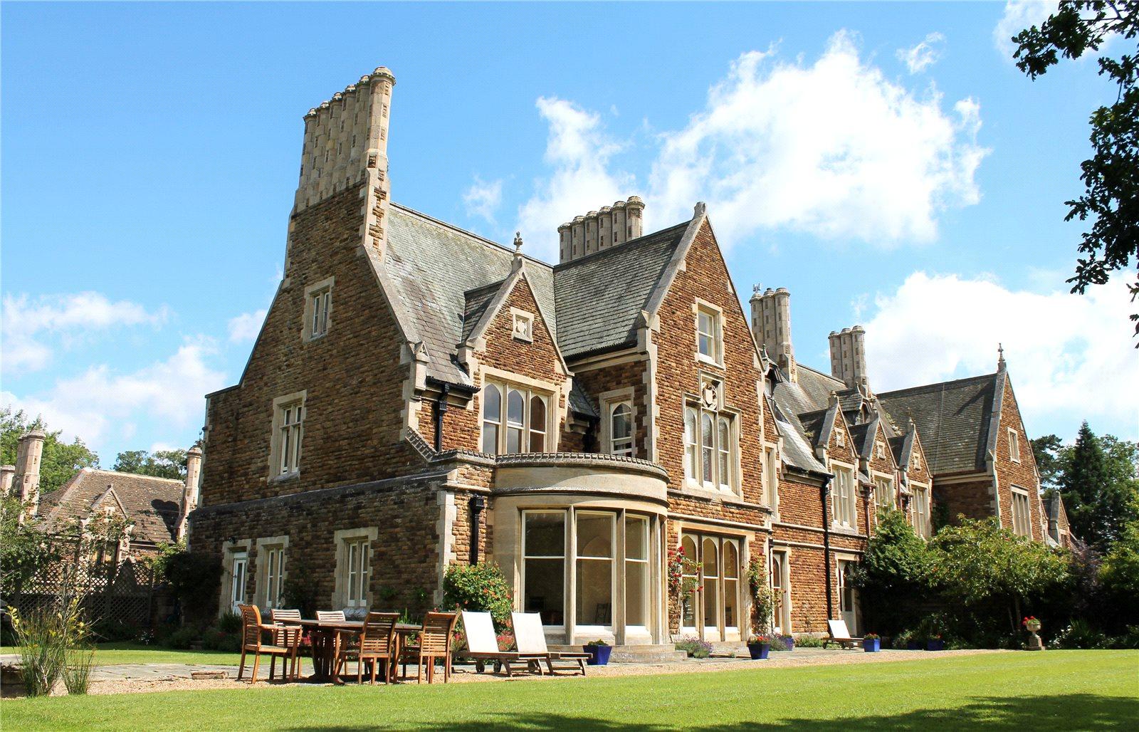 Nhà ở một gia đình vì Bán tại Ashwell Hall, Ashwell Hall Lane, Oakham, Rutland, LE15 Oakham, Anh Quốc