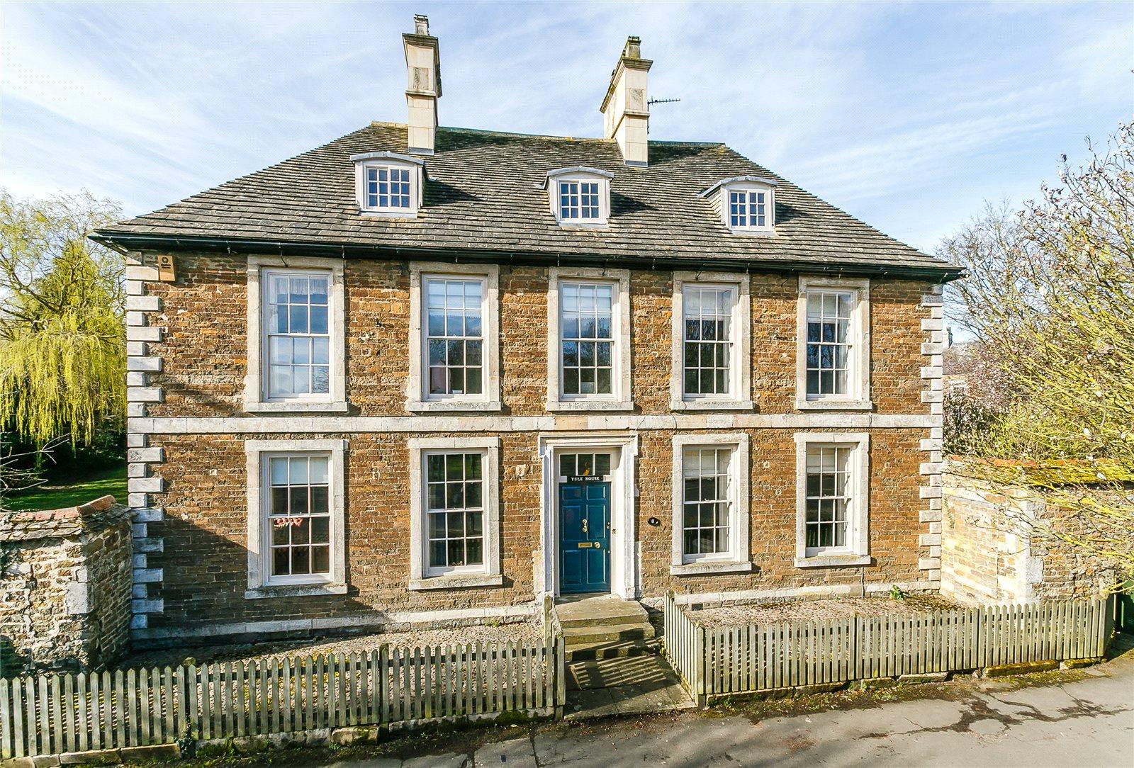 Nhà ở một gia đình vì Bán tại Catmos Street, Oakham, Rutland, LE15 Oakham, Anh Quốc