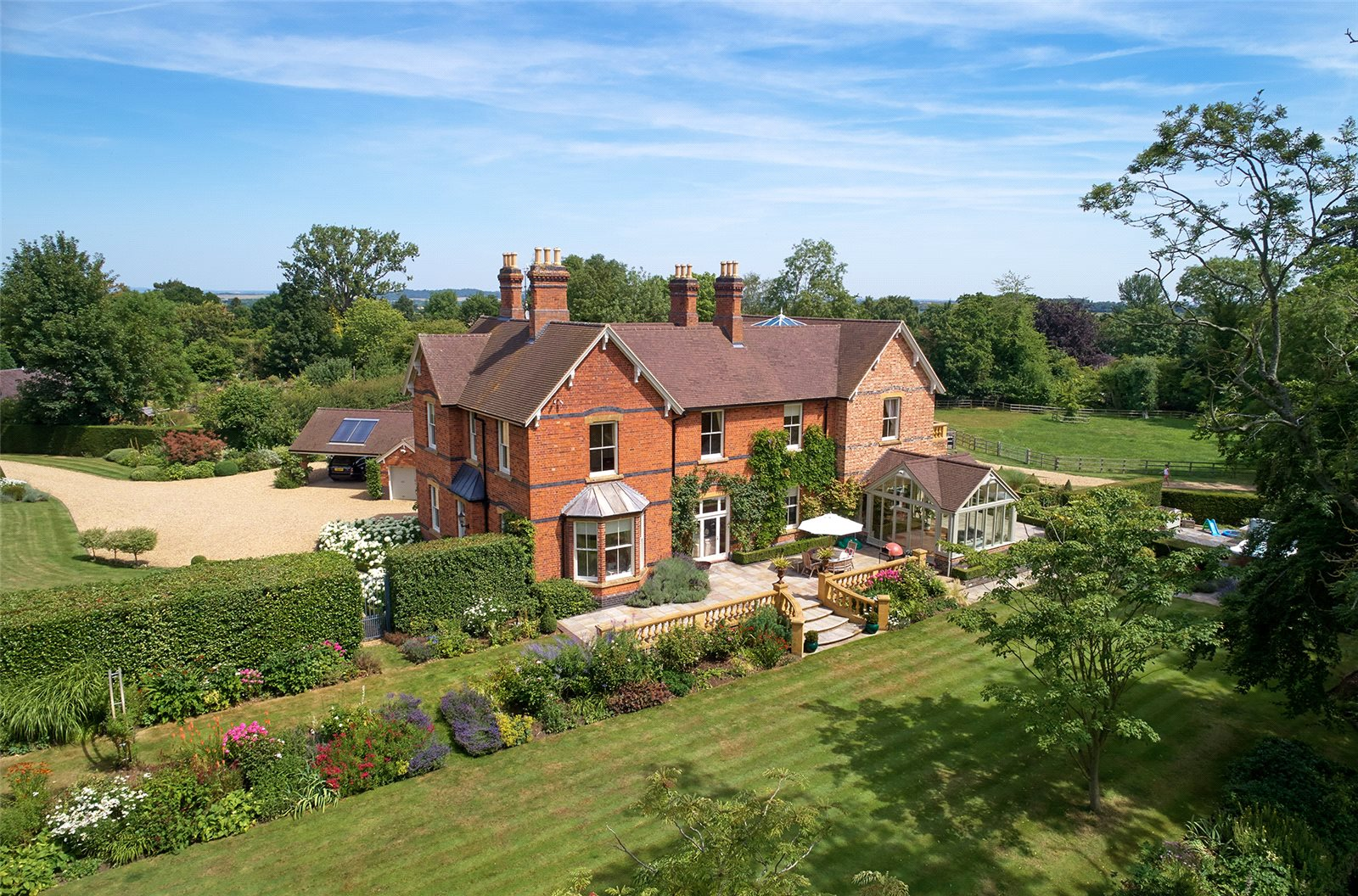 Single Family Home for Sale at Elmley Castle, Pershore, Worcestershire, WR10 Pershore, England