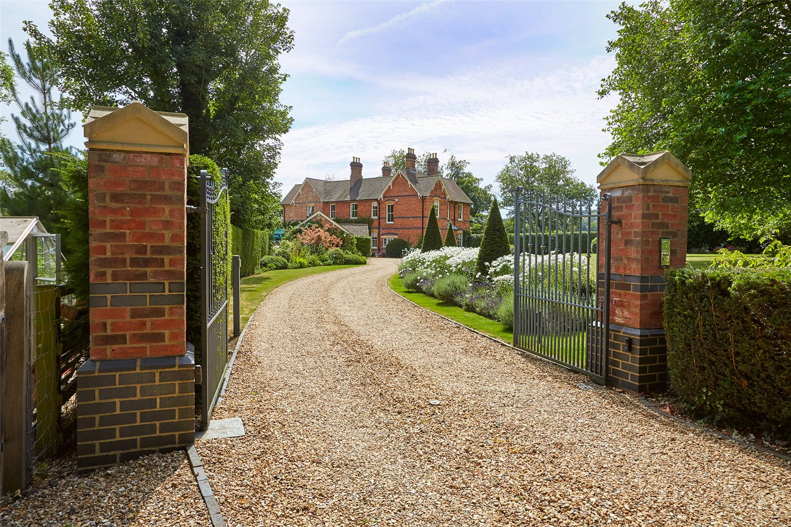 Additional photo for property listing at Elmley Castle, Pershore, Worcestershire, WR10 Pershore, England