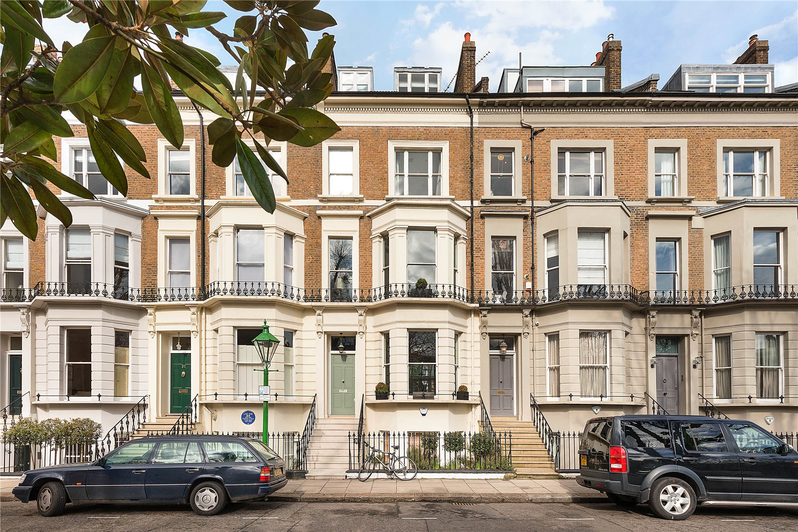 Additional Photo For Property Listing At St Jamess Gardens Holland Park London