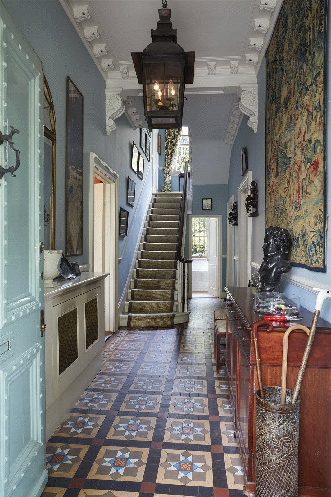 Additional photo for property listing at Bassett Road, North Kensington, London, W10 North Kensington, London, イギリス