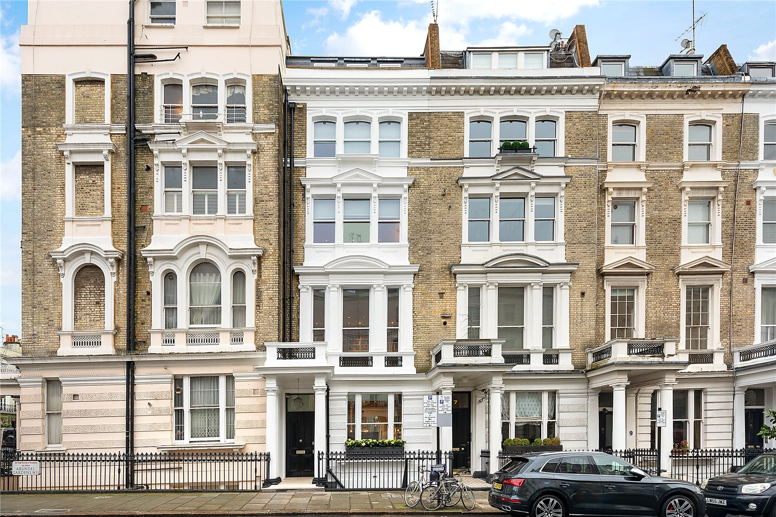 Частный дом для того Продажа на Arundel Gardens, Notting Hill, London, W11 Notting Hill, London, Англия