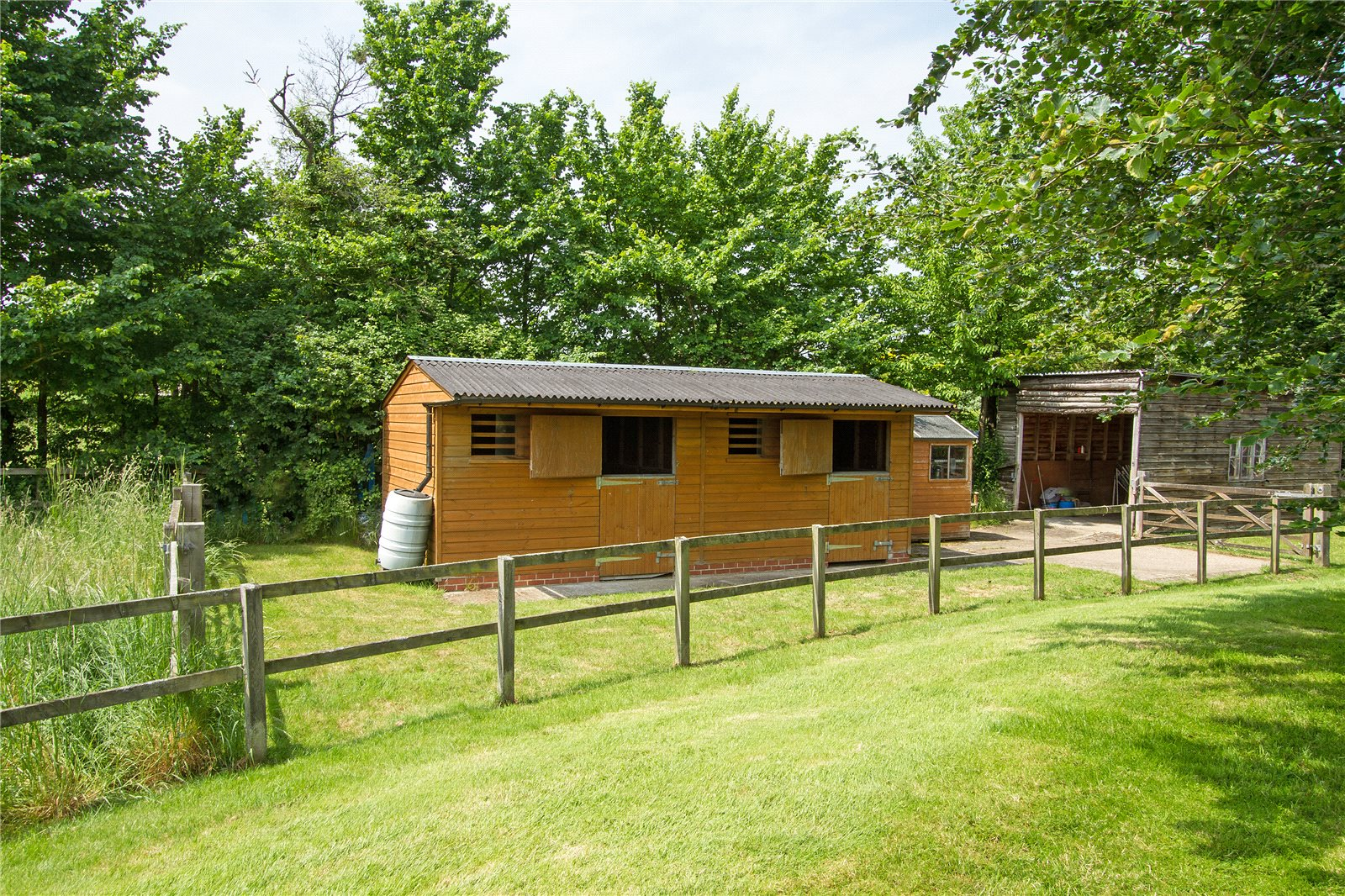 Additional photo for property listing at Broad Oak, Odiham, Hook, Hampshire, RG29 Hook, Ingiltere