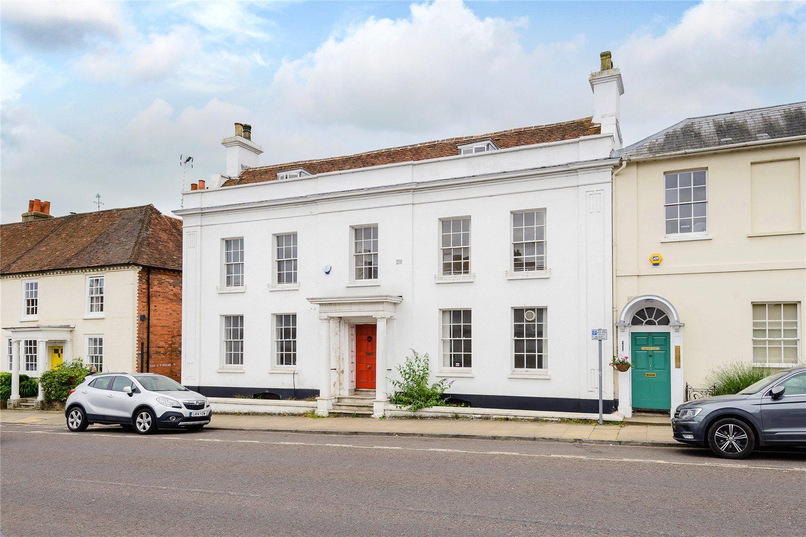 Einfamilienhaus für Verkauf beim High Street, Odiham, Hook, Hampshire, RG29 Hook, England