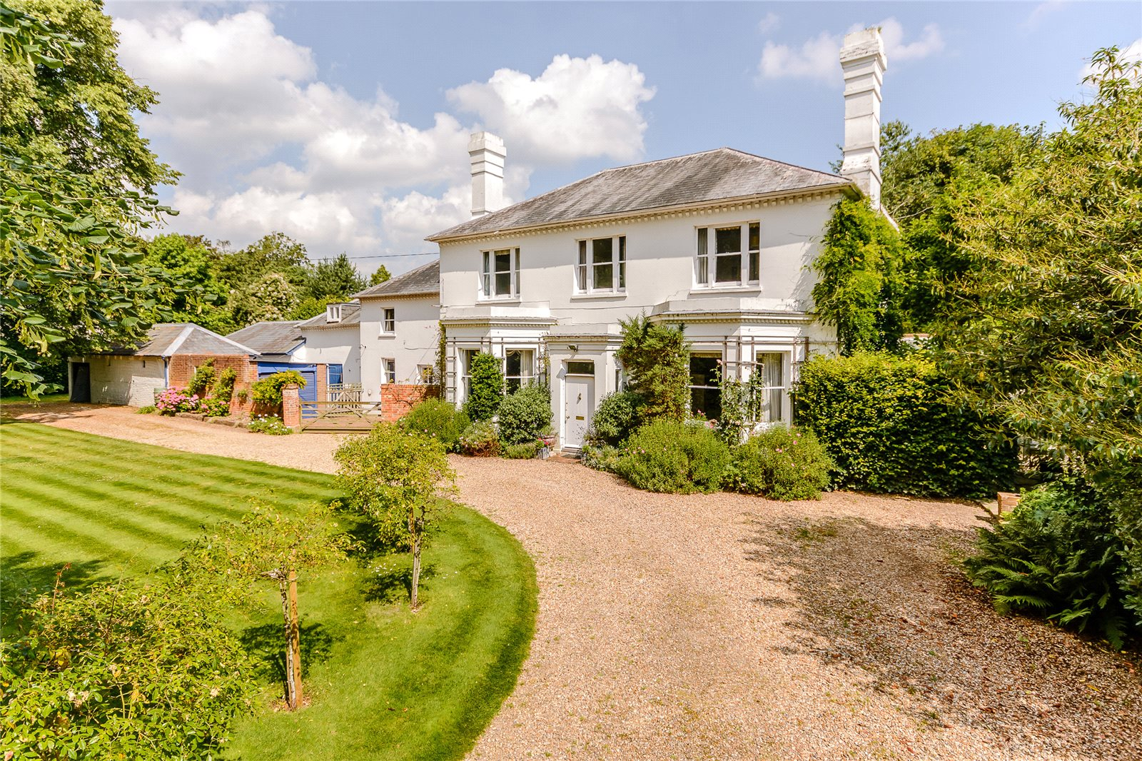 Additional photo for property listing at Thackhams Lane, Hartley Wintney, Hampshire, RG27 Hartley Wintney, Engeland