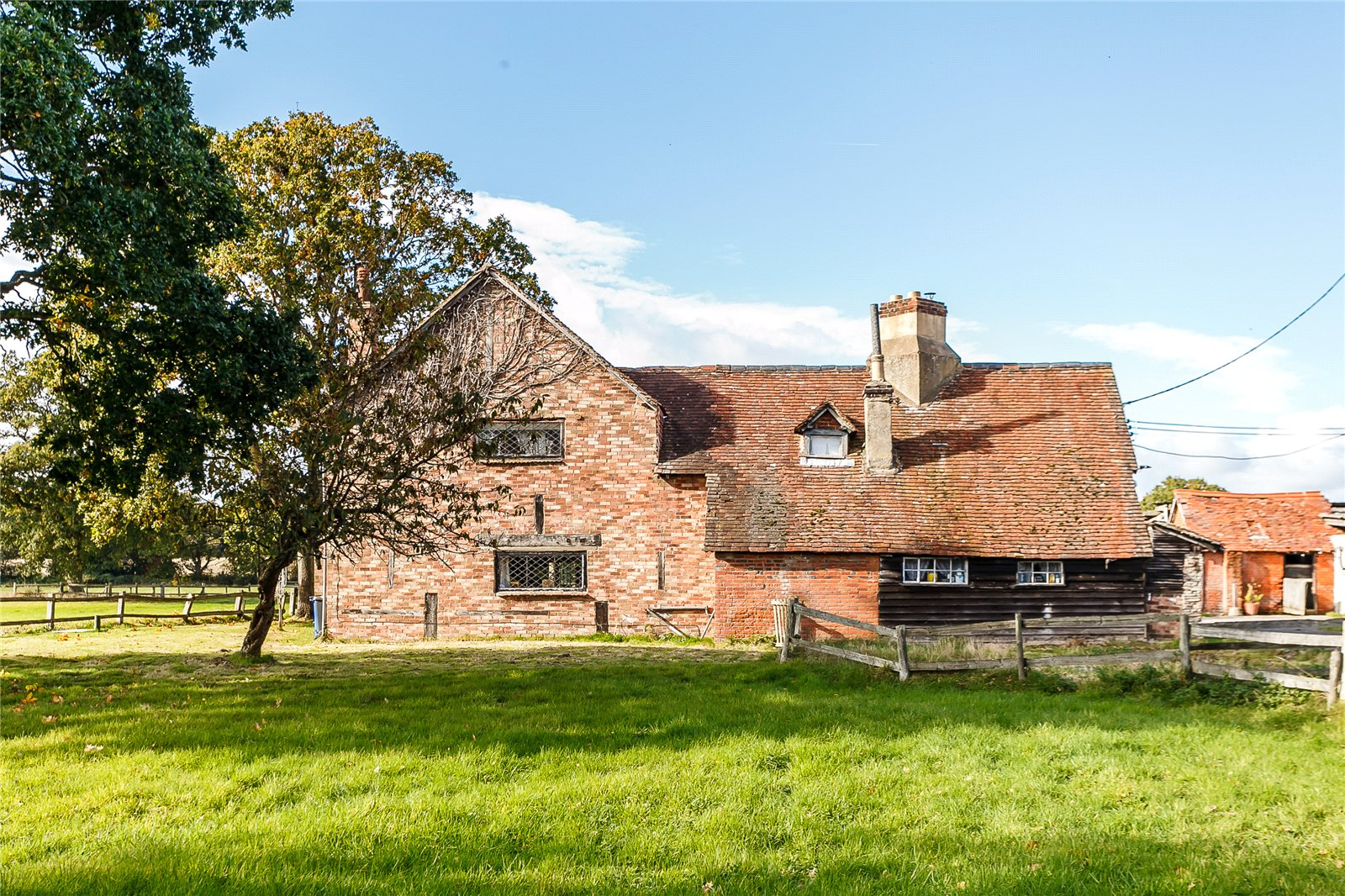 Additional photo for property listing at Minley Road, Minley, Fleet, Hampshire, GU51 Fleet, 英格兰