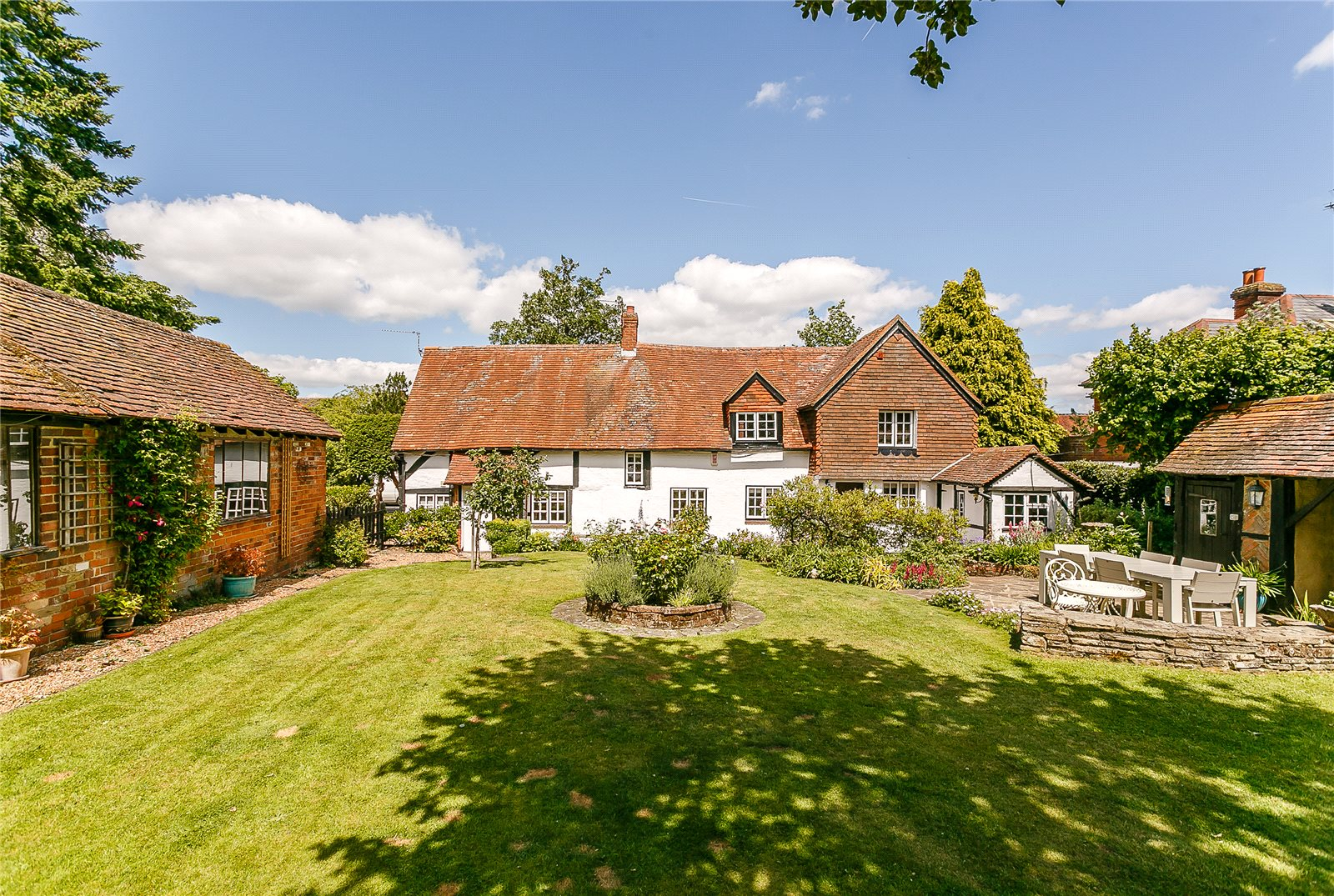 Casa para uma família para Venda às The Street, Crookham Village, Fleet, Hampshire, GU51 Fleet, Inglaterra