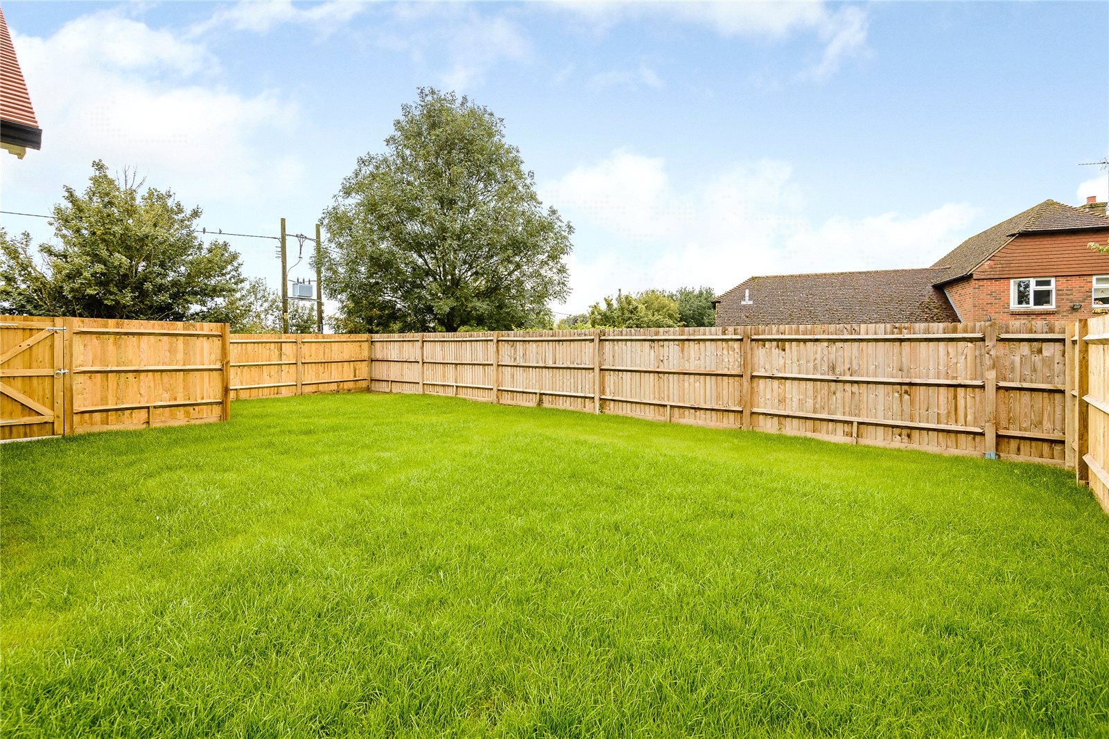 Additional photo for property listing at Wood Hill Lane, Long Sutton, Hook, Hampshire, RG29 Hook, Angleterre